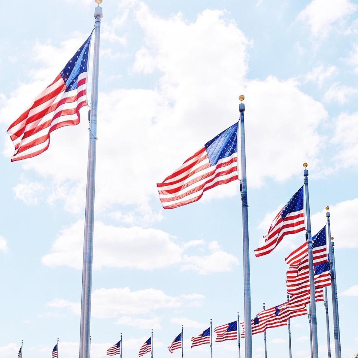 american-flags-washington-monument-dc
