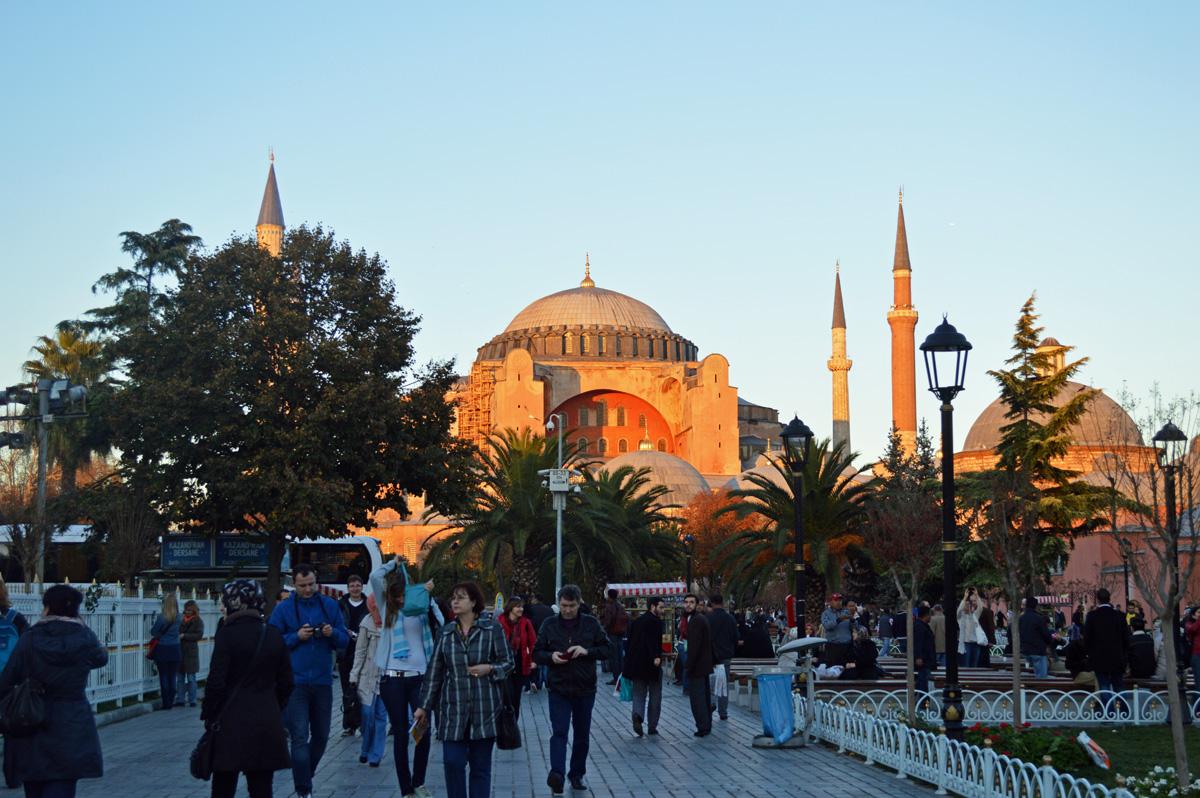 Hagia-Sophia-at-Sunset-Istanbul.jpg