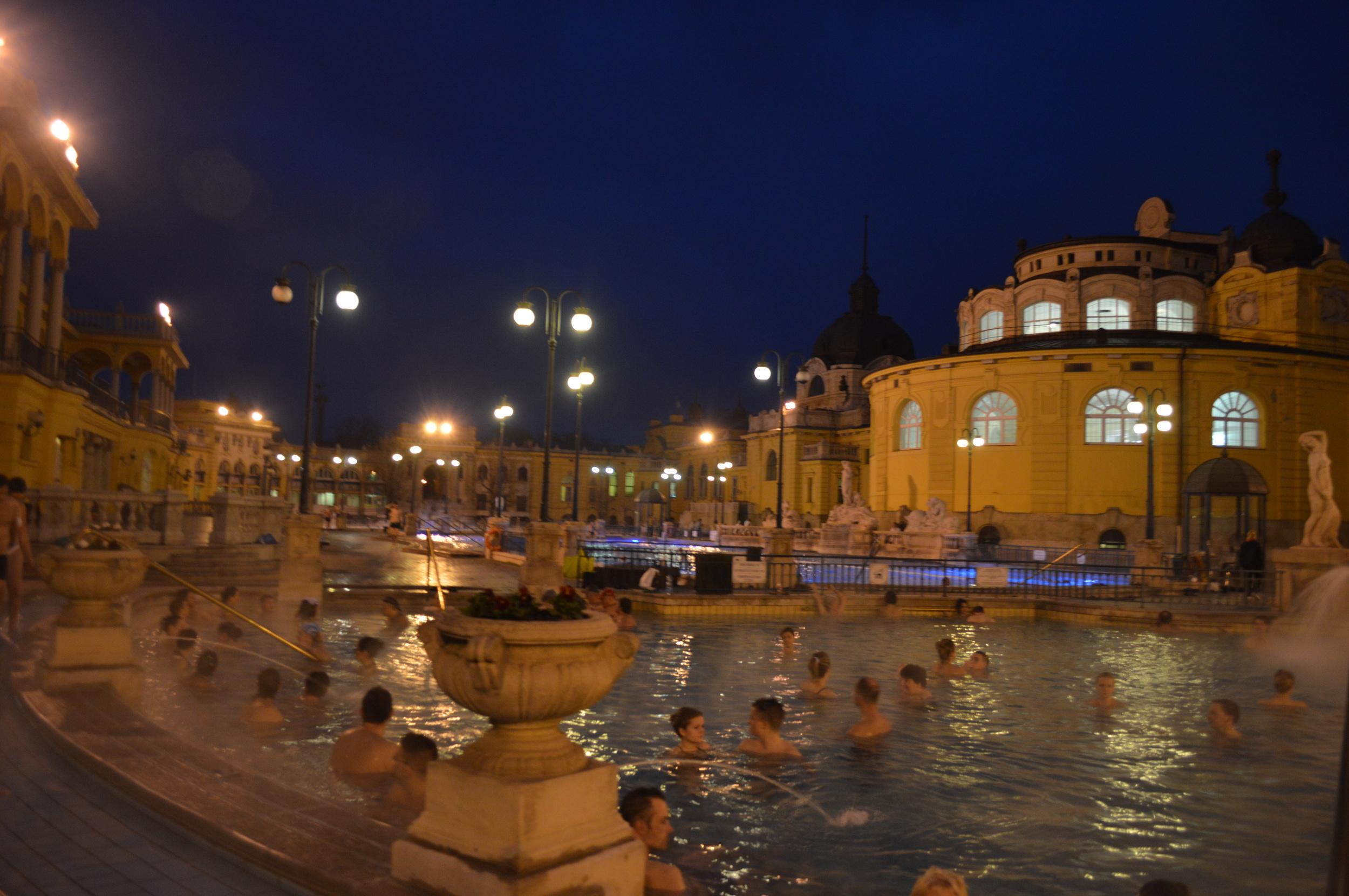 Szechenyi-baths-budapest-hungary.jpg