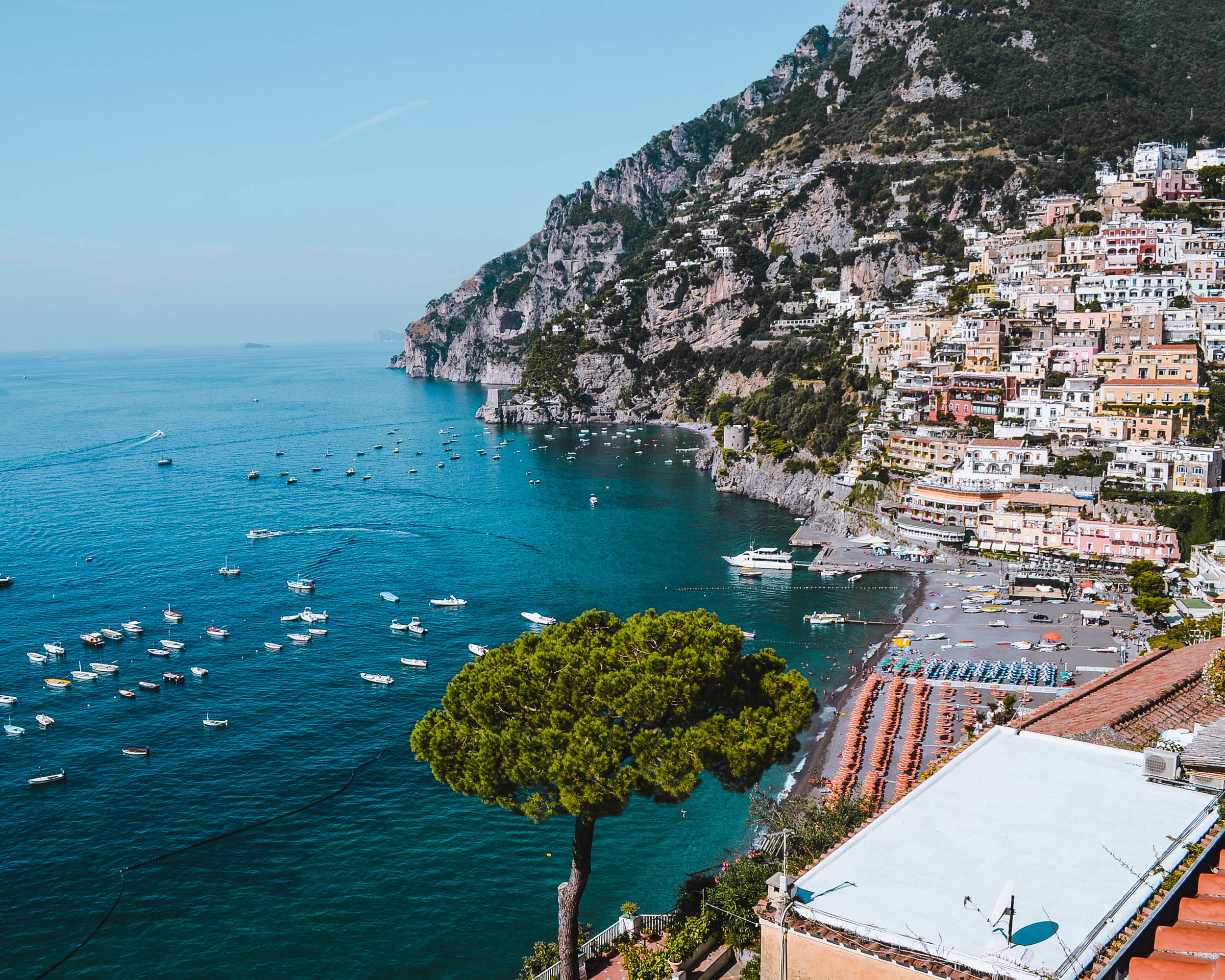 ITALY TRAVEL GUIDE - The Ultimate Guide for traveling Italy, arguably one of the most beautiful places in the world with much to offer any curious traveler!