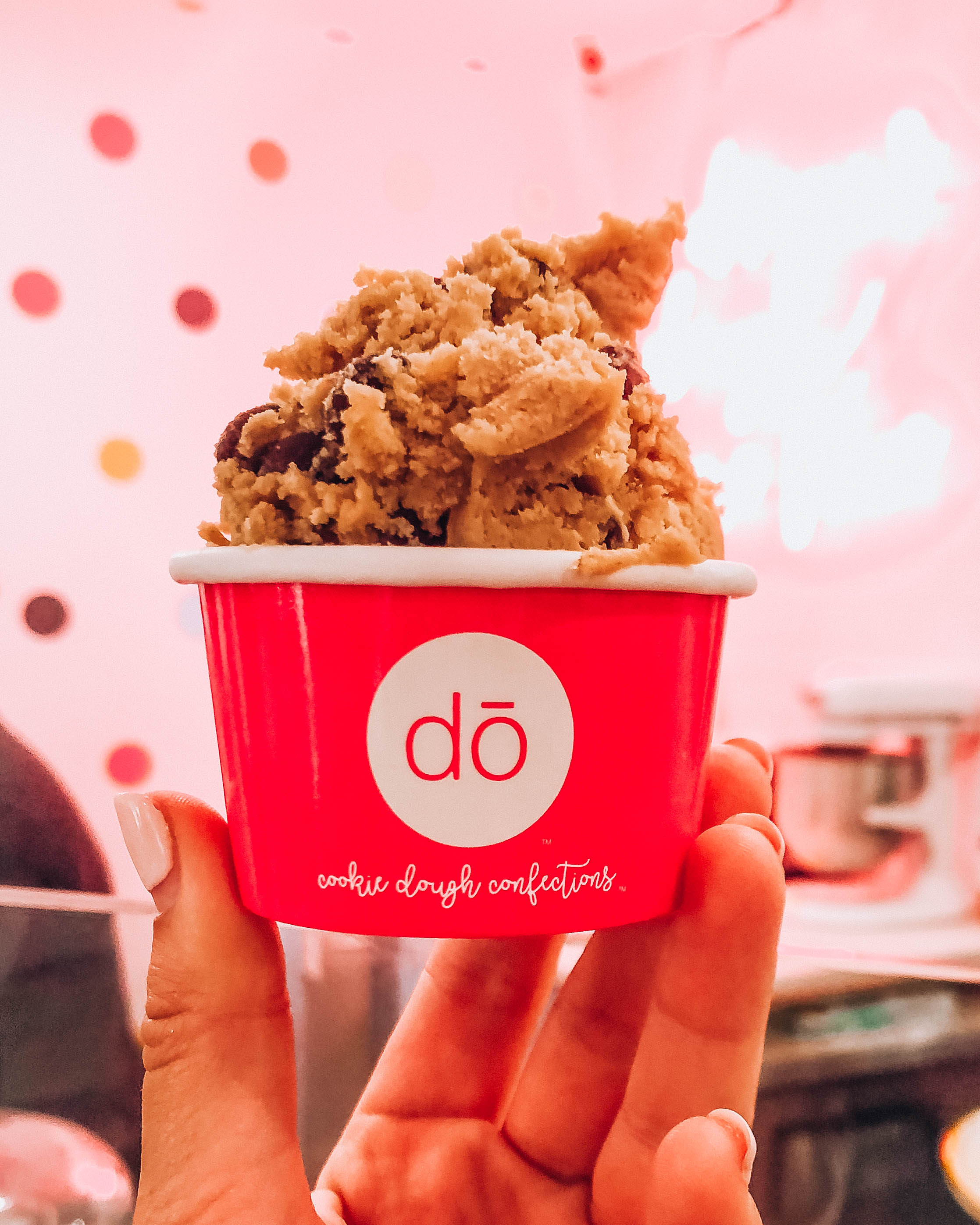 Do Cookie Dough in New York - How to plan a night out in New York City! Planning for your budget, by neighborhood (or borough), how to get the best deals on Broadway tickets, and more! / goseekexplore.com / Ally Archer