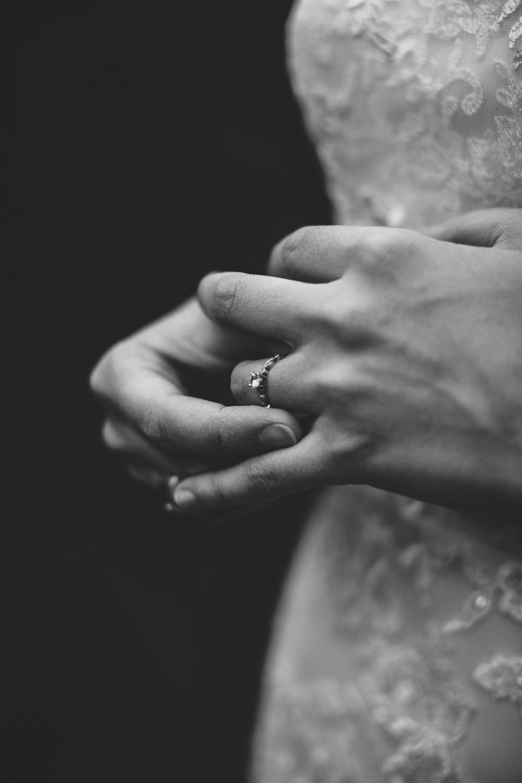 black-bayou-bridal-pictures-132.jpg