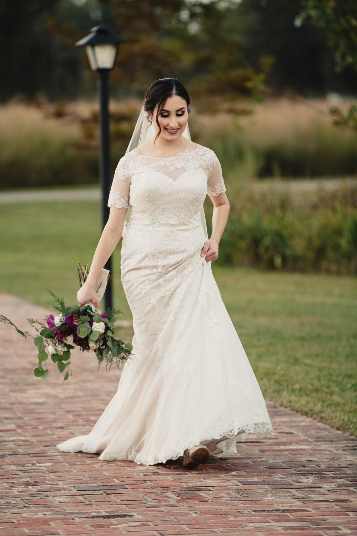 black-bayou-bridal-pictures-137.jpg