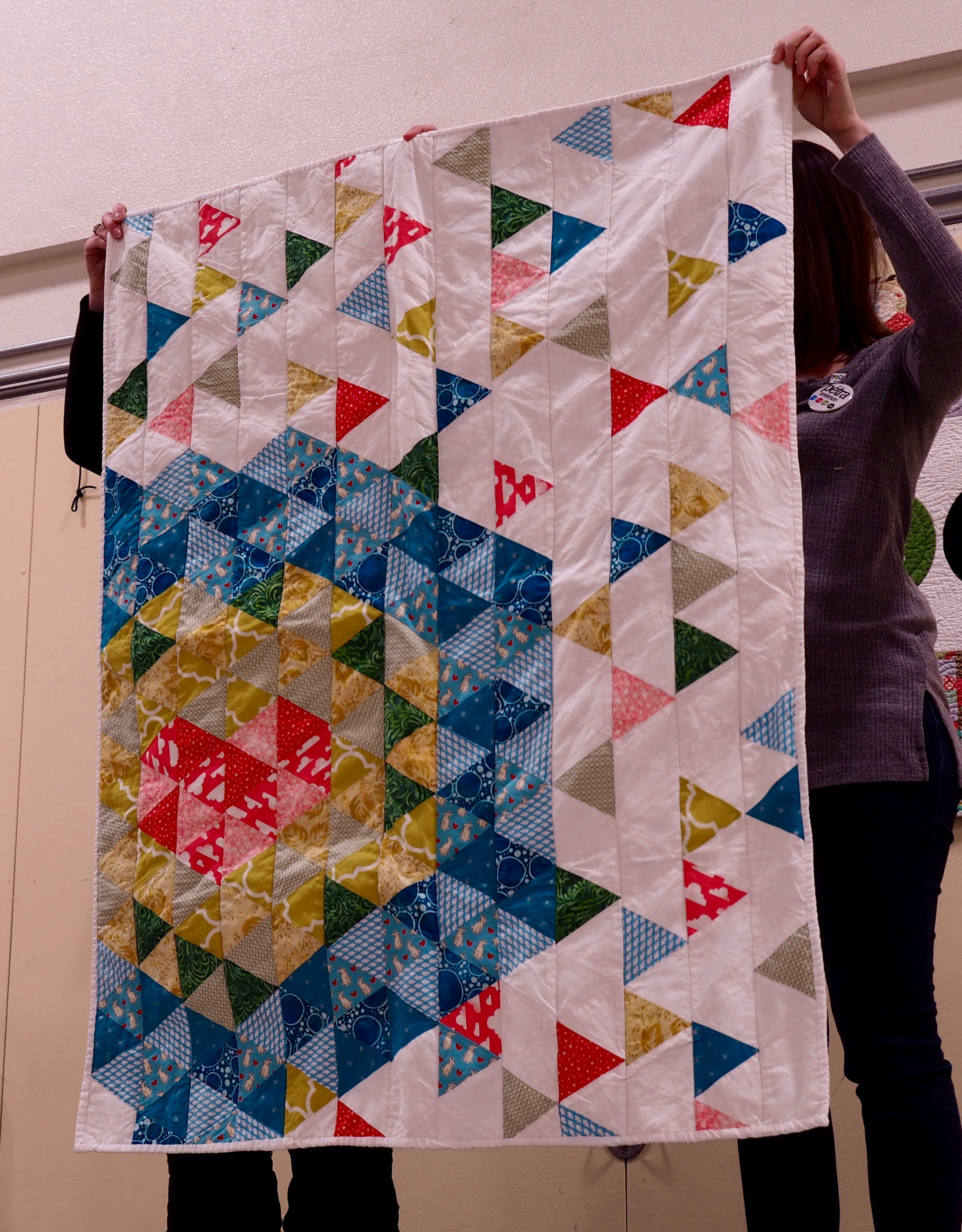 Quilt pattern by Sunshine Handcrafts (triangles) quilt by Maddison Stapleton