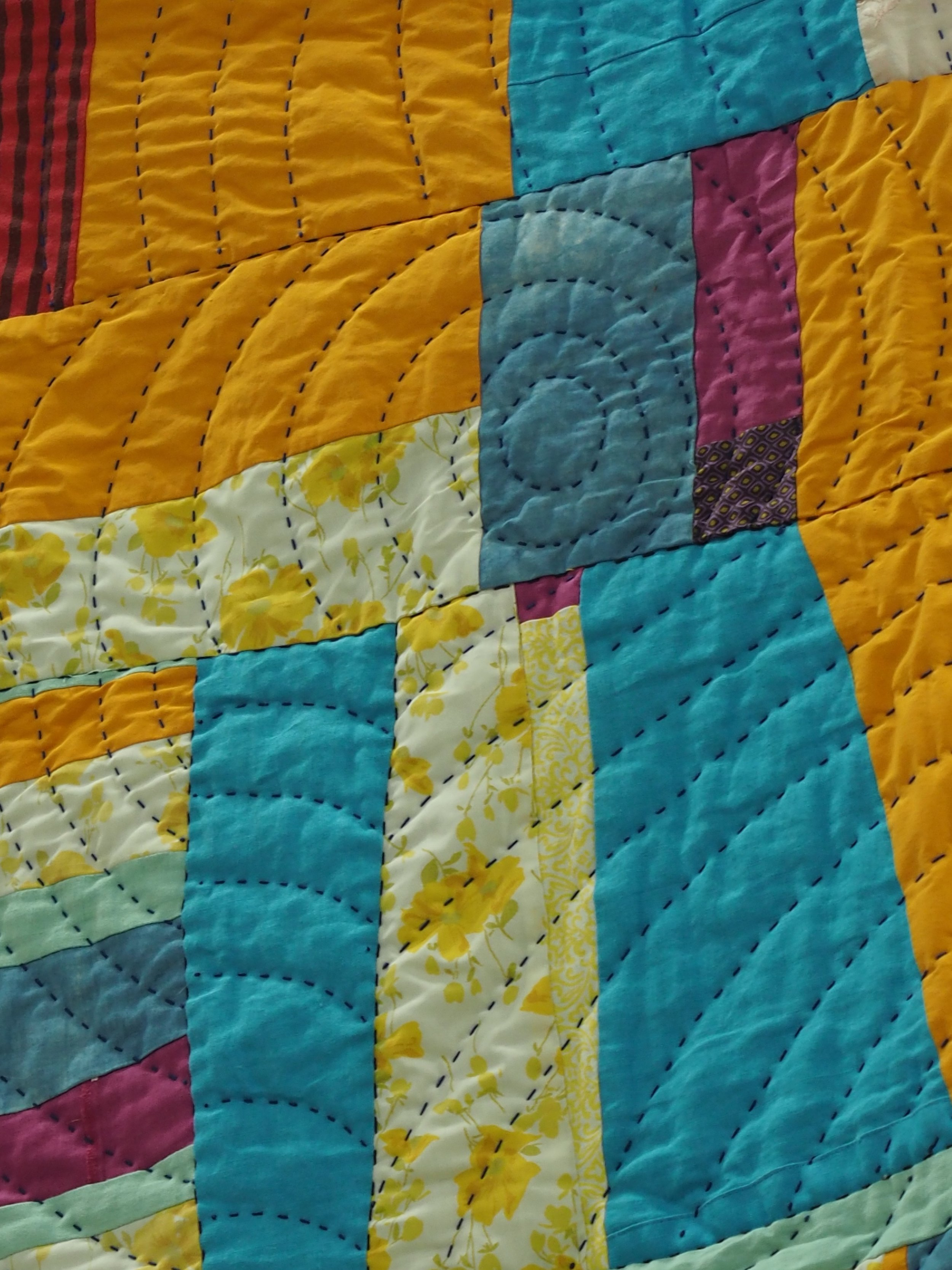 Quilting detail of Improv Round Robin by Kat Cummings