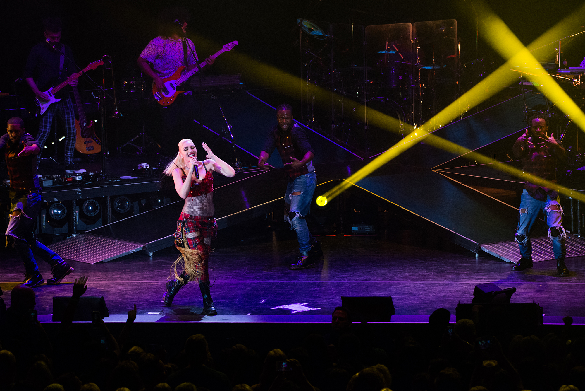 Gwen Stefani, Irvine Meadows Amphitheatre
