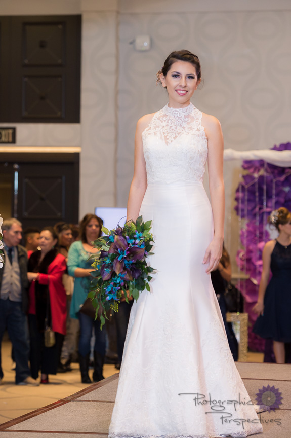 Allure 9458 with Jacket Ivory