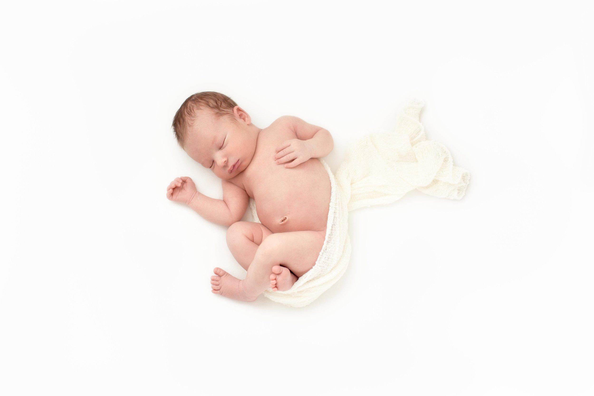 Alder Newborn-7.jpg
