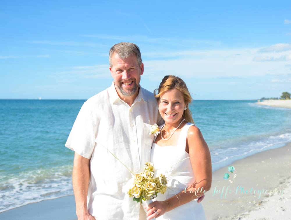 Beach wedding in Venice florida - carlla juffo photography - Sarasota Photographer-
