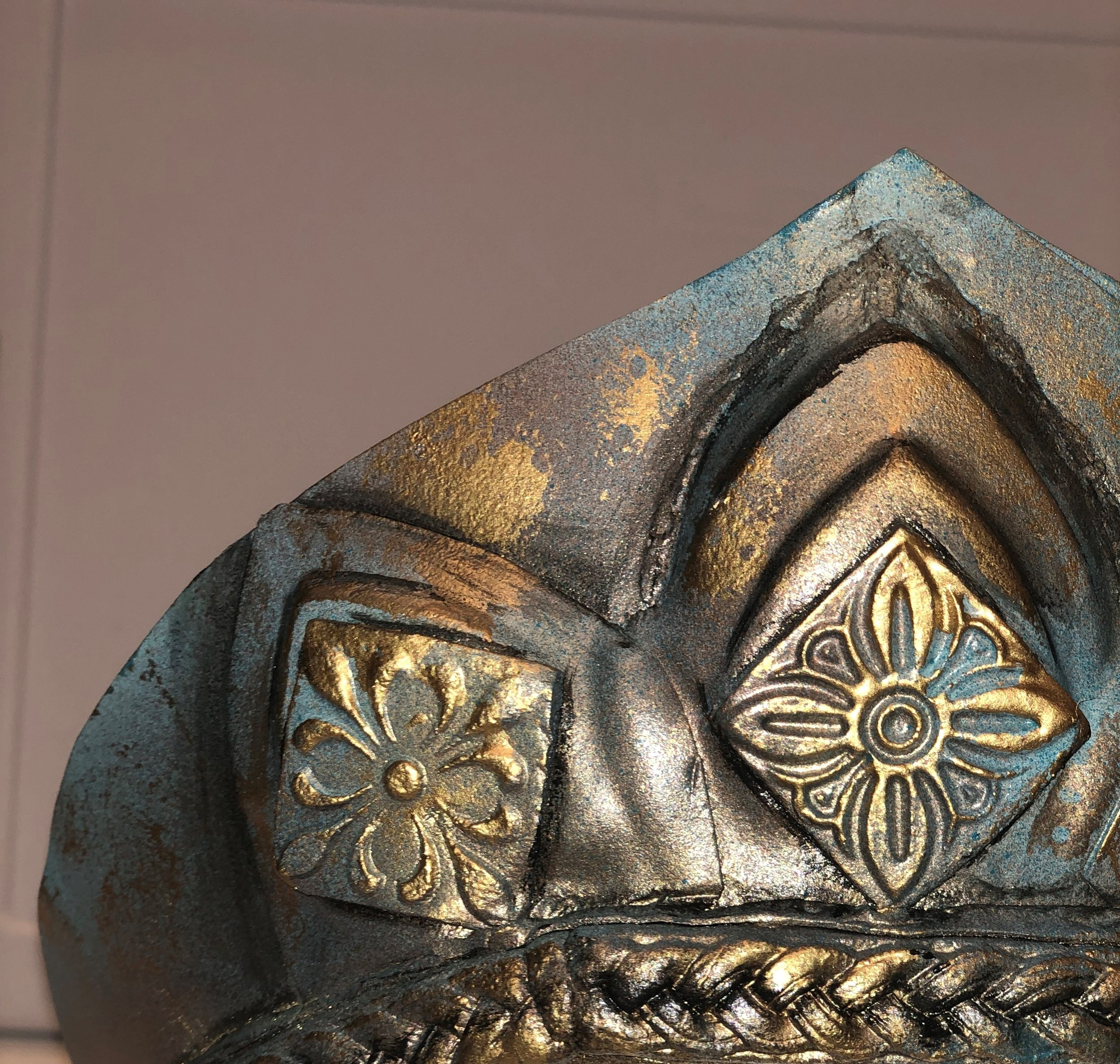 Finished Diadem, Closeup of paint finish.