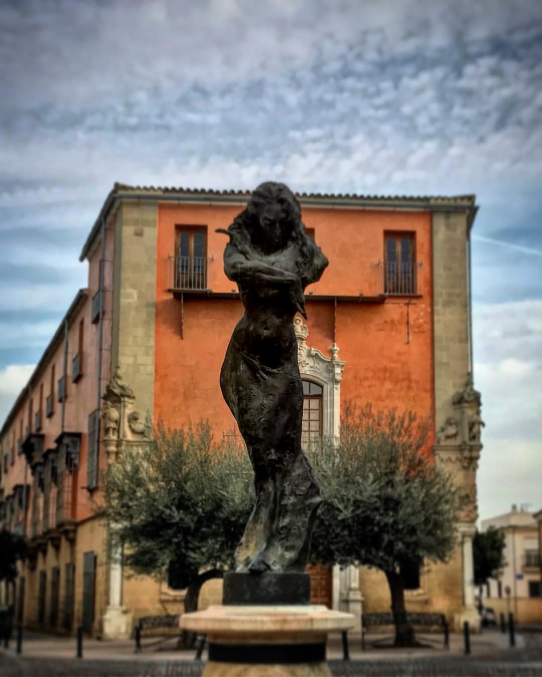 Monumento to Lola Flores.jpg