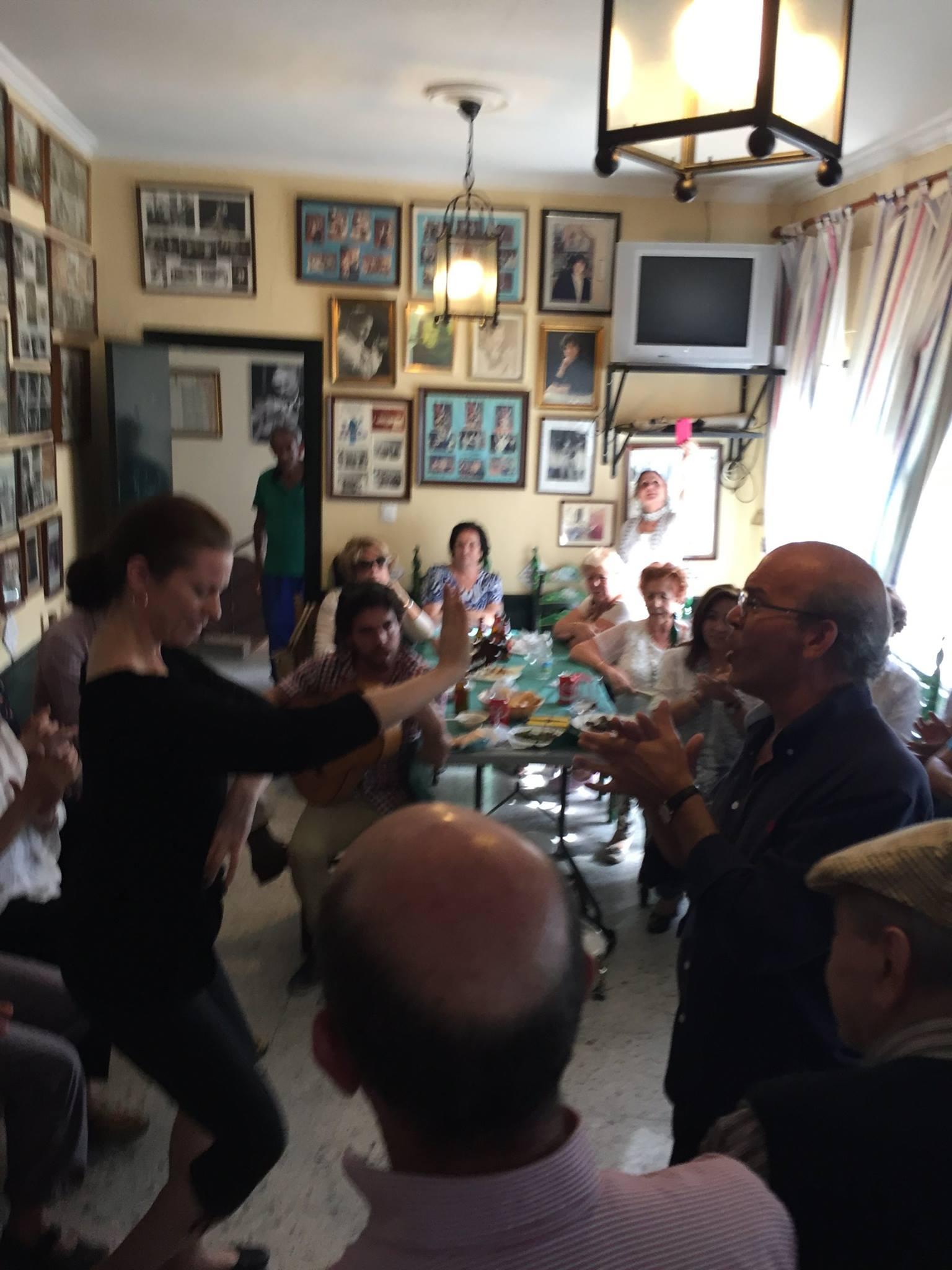 Laura dancing to el Pijo.jpg
