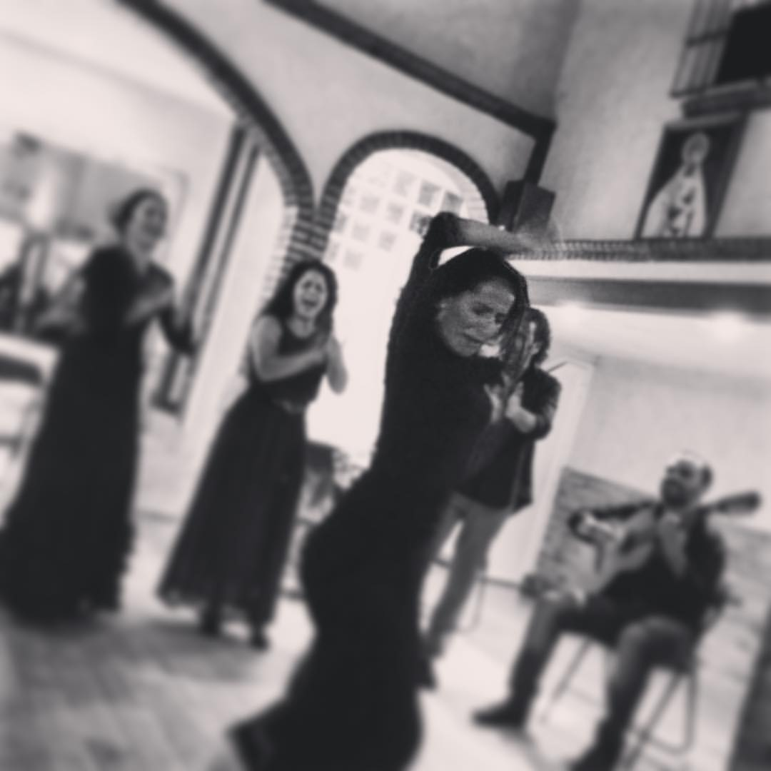 Mercedes in action during our Fin de fiesta during our  private show