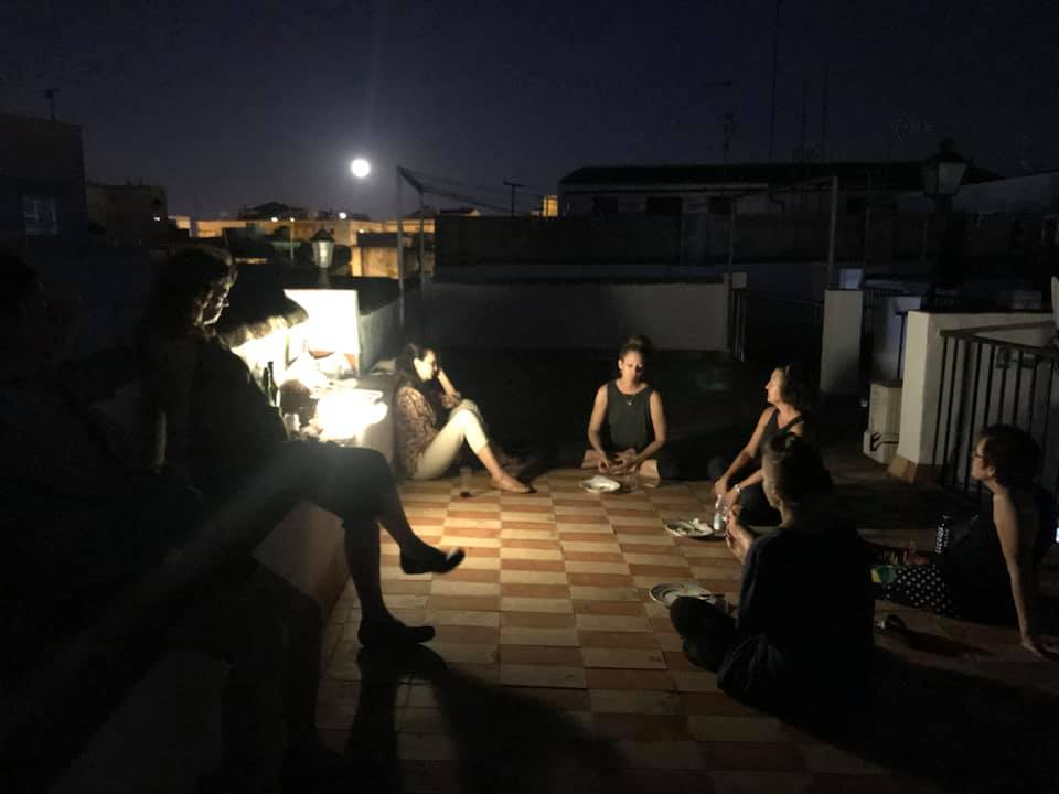 The rooftop and the full moon in Jerez(photo by Margaret Mun Yee Cheung)