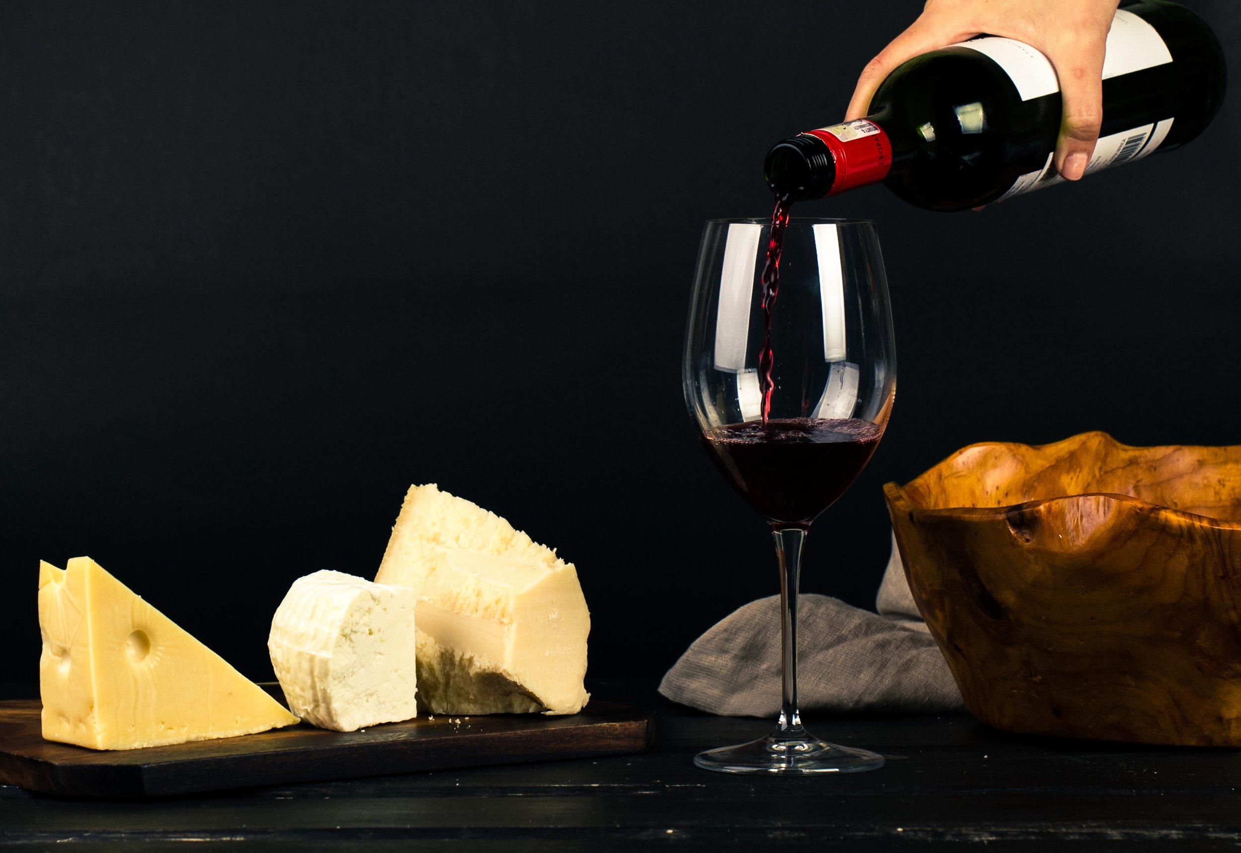 alcohol-cheese-drink-1545529.jpg Photo by Ray Piedra from Pexels.jpg