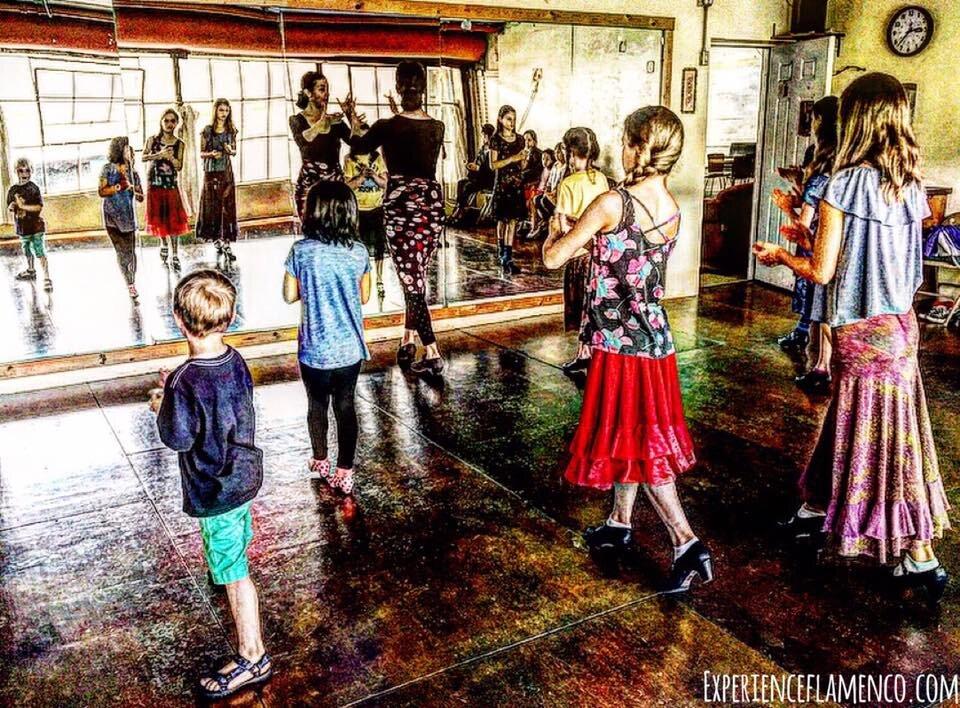 Kids flamenco .jpg