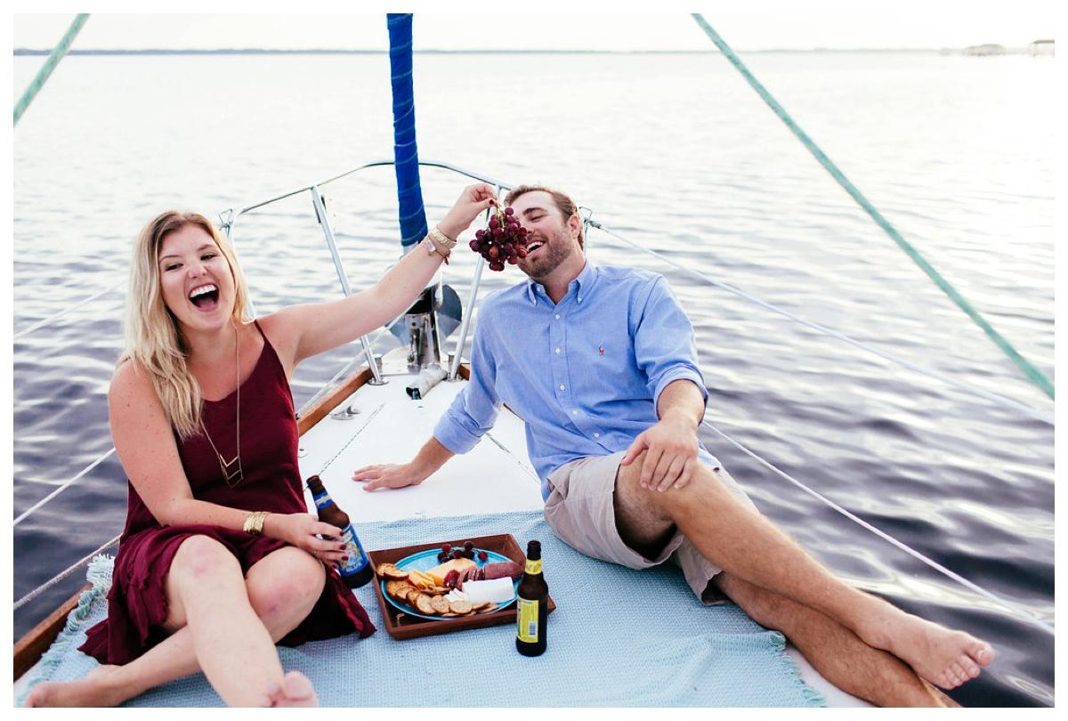 christinakarstphotography_sailboatengagementphotos_ejboomer-161.jpg