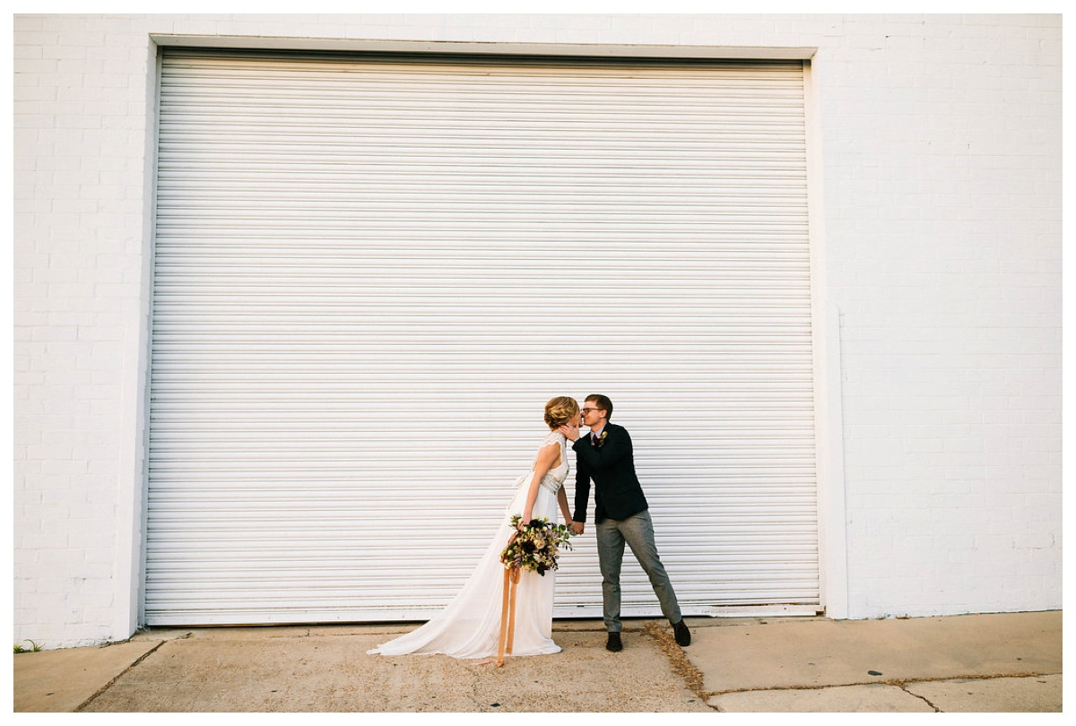 christinakarstphotography_jacksonvilleweddingphotographer_intuitionbreweryphotos-152.jpg