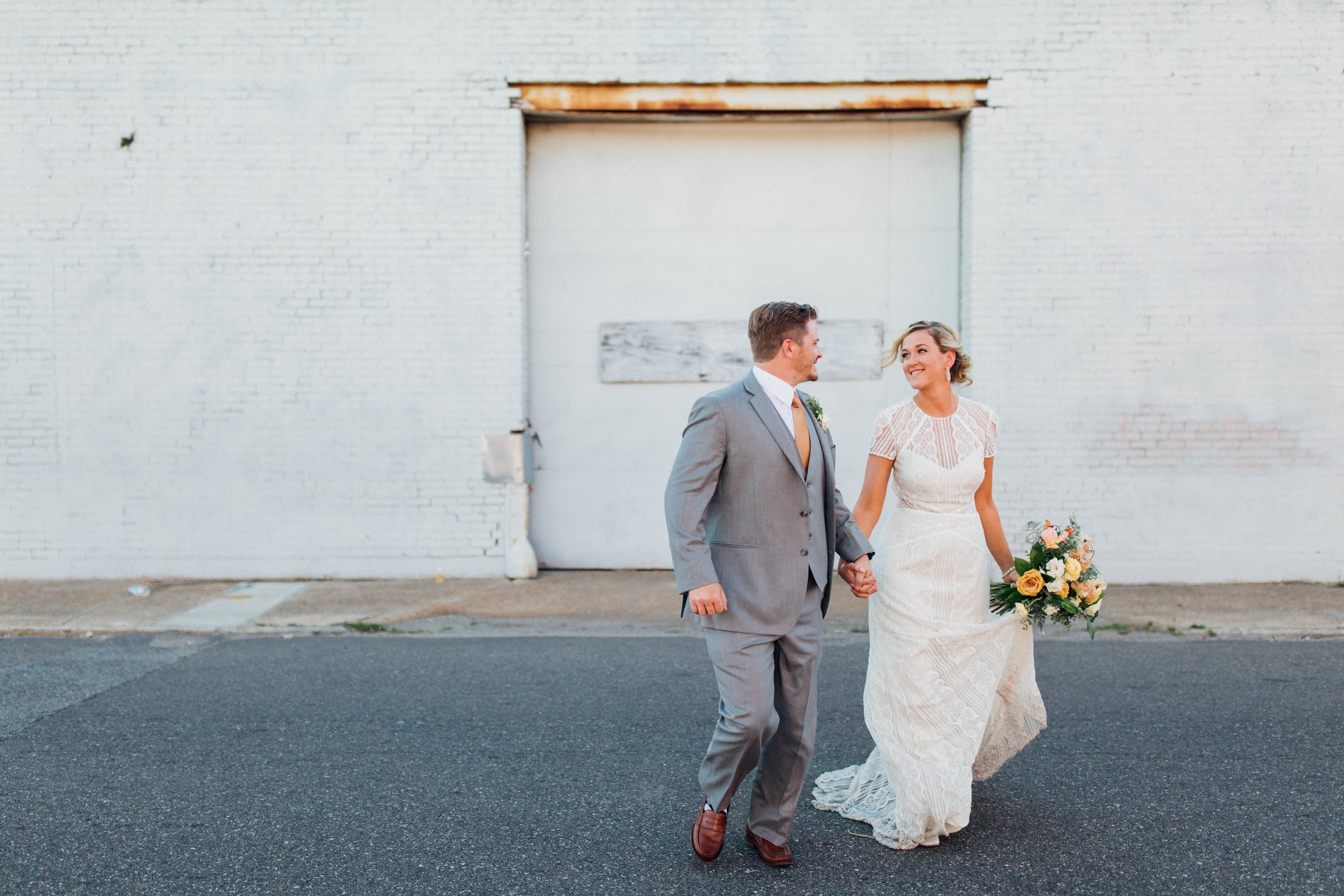 christinakarstphotography_glassfactorywedding_erin+alex-118.jpg