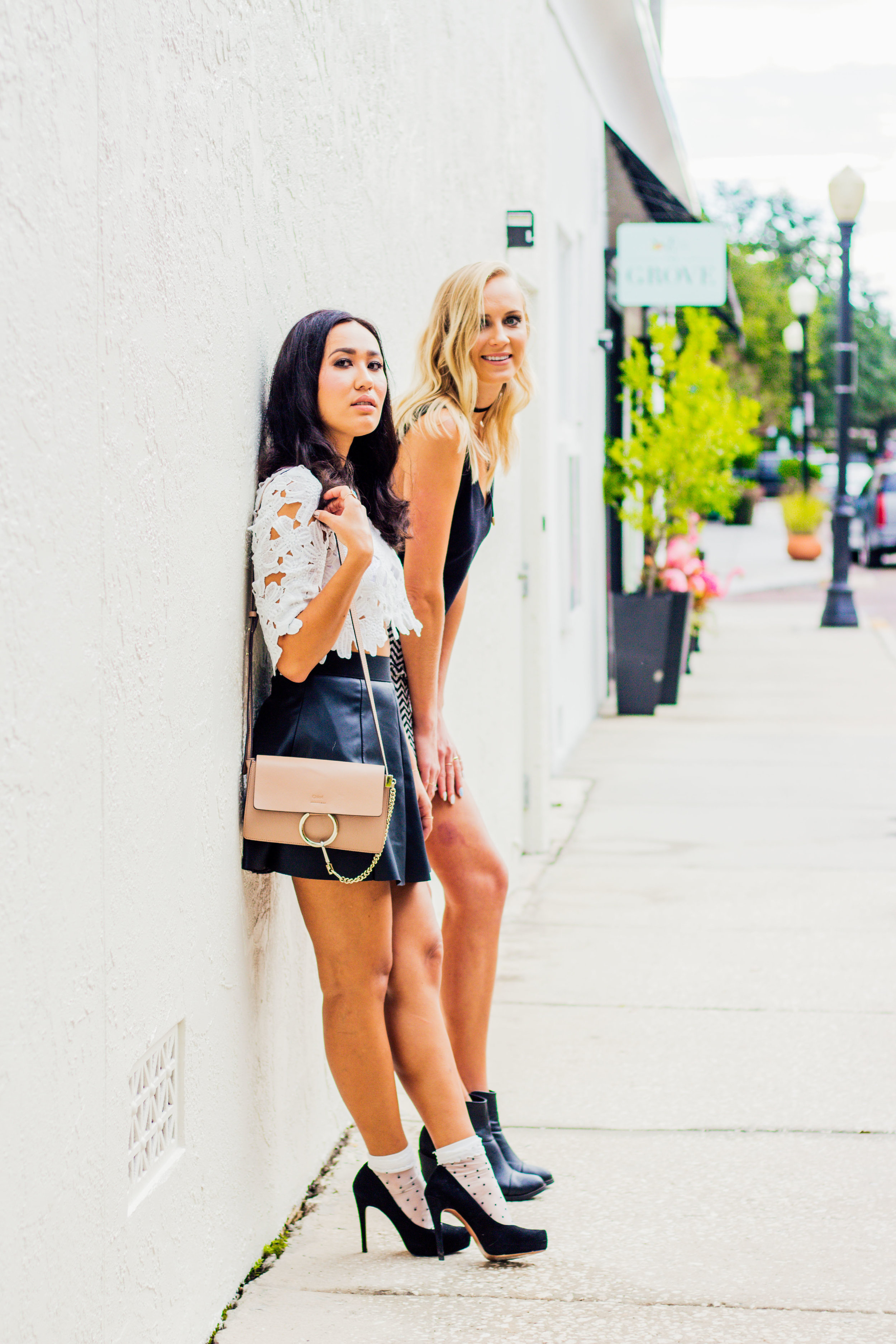 fashion-inspiration-two-tall-short-girls