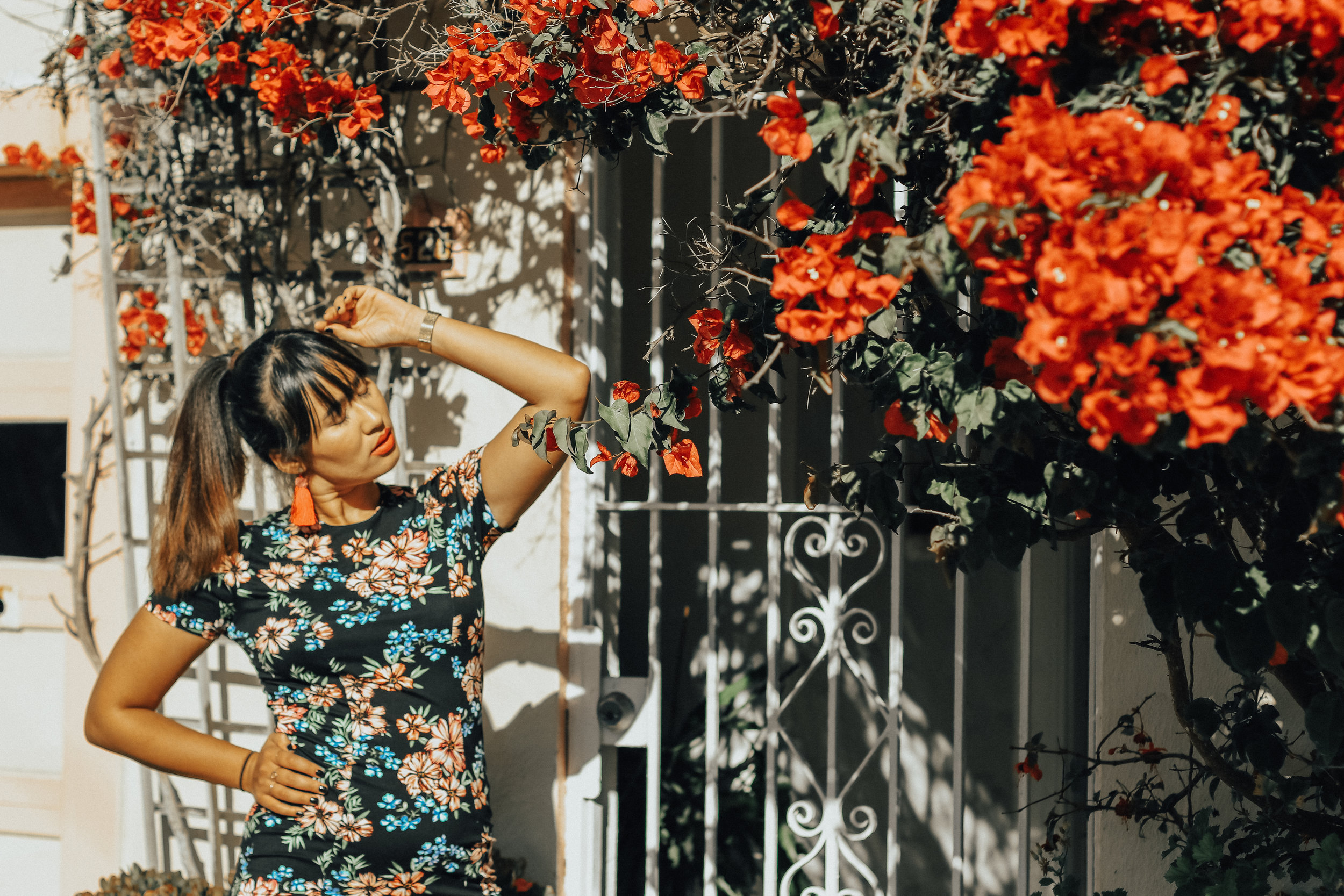 dark-florals-for-fall-blogger