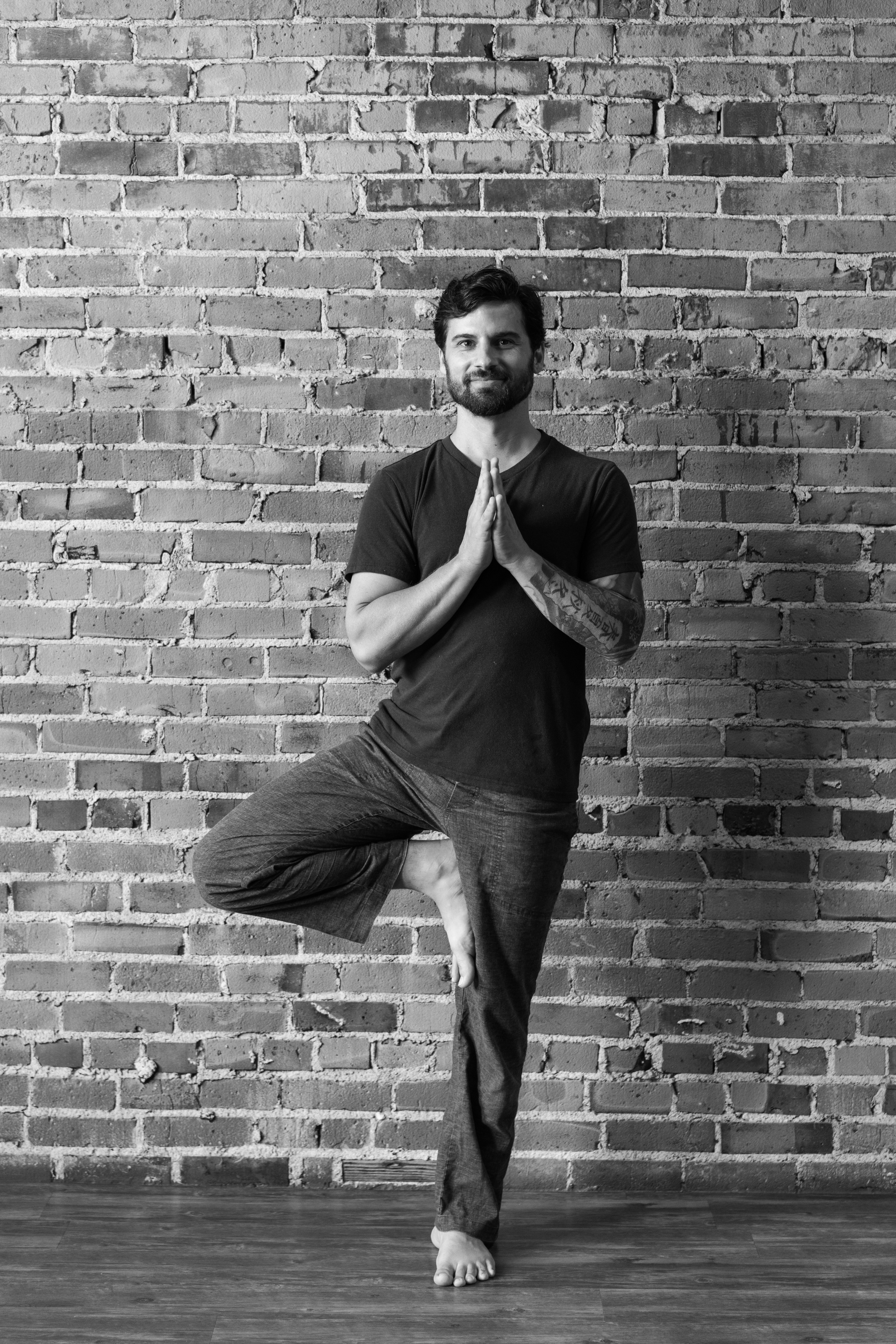 brian pontolilo, yoga teacher, charleston yoga, charleston, vinyasa, power yoga