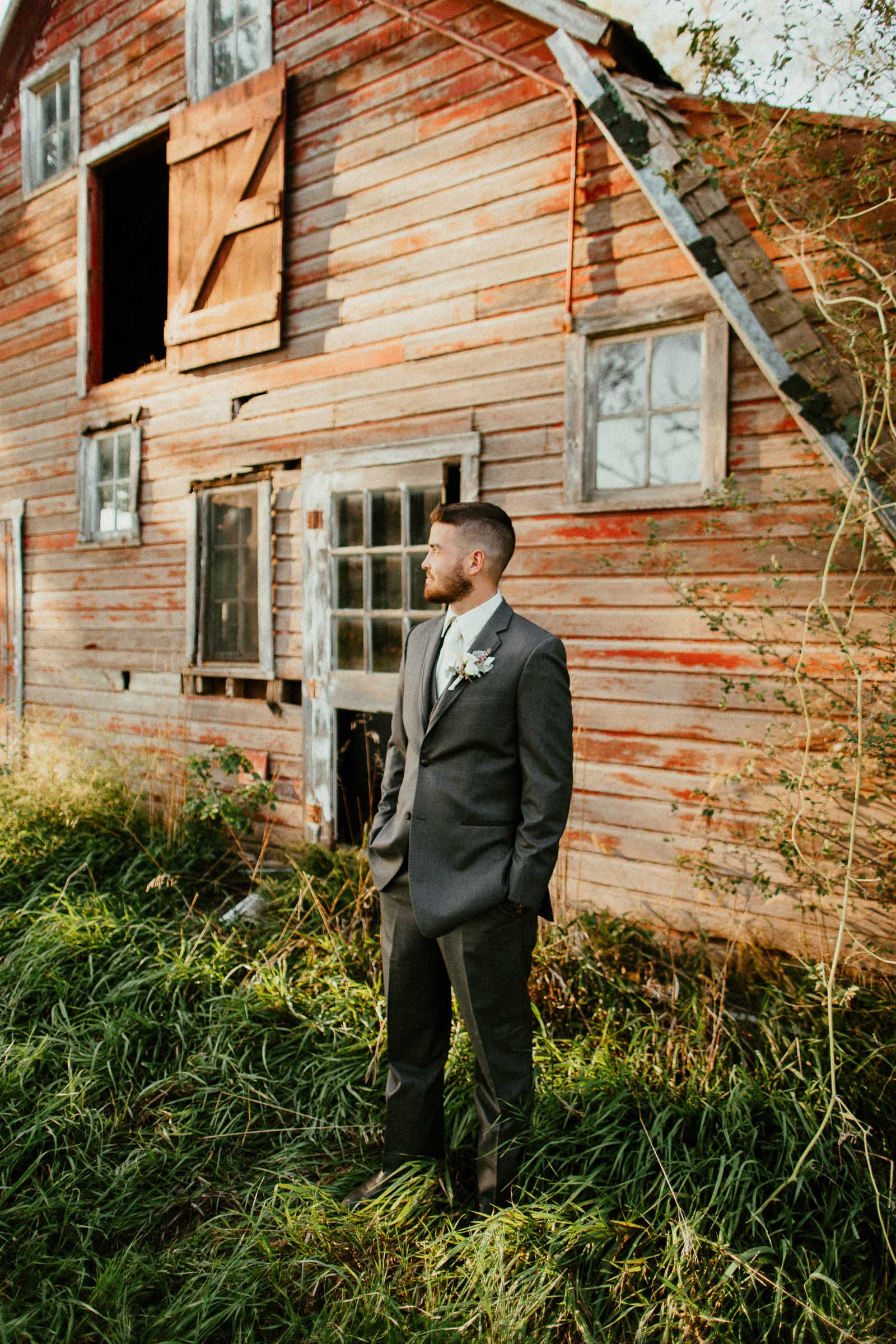 omaha barn wedding