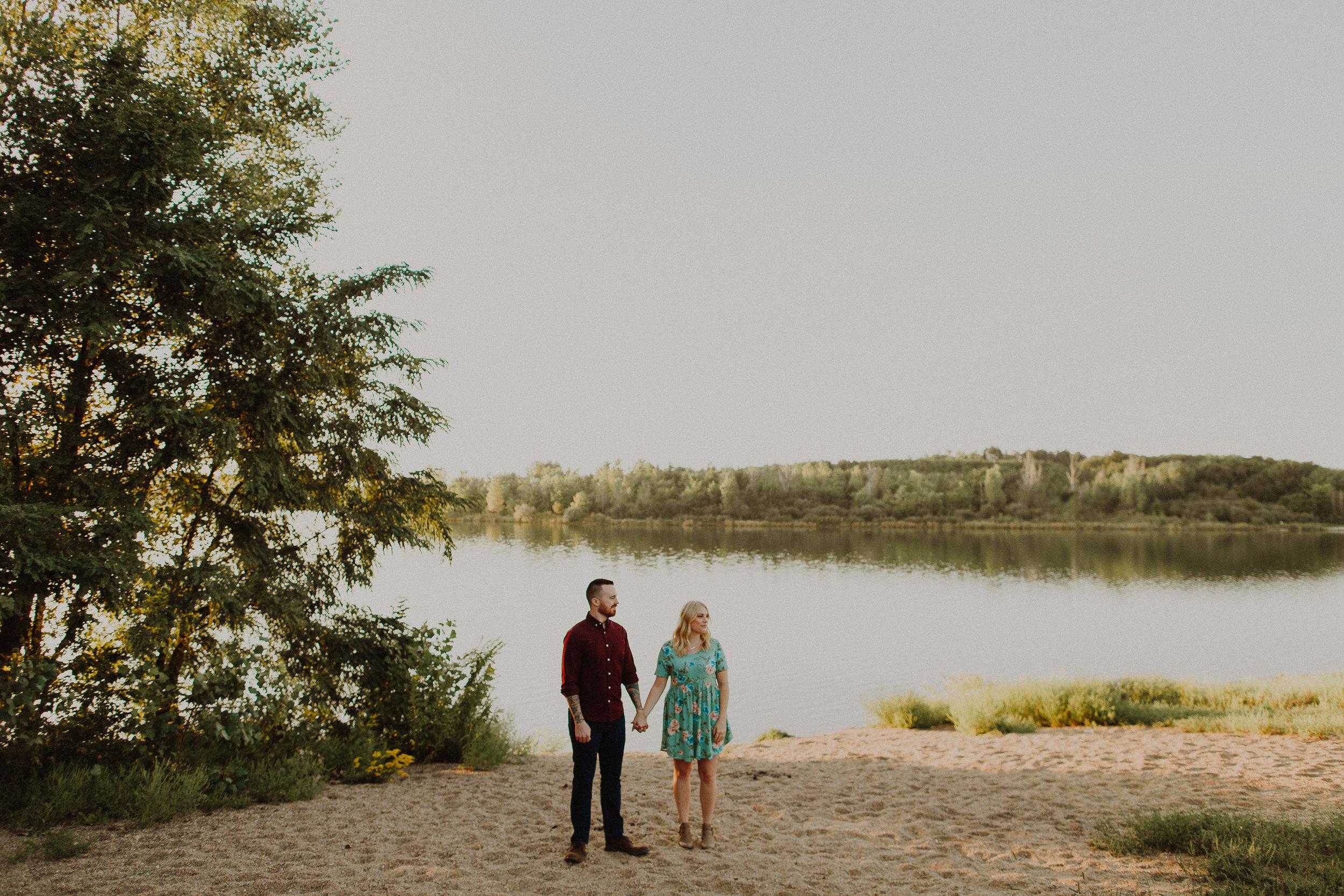 Max + Kendra Late Summer Omaha, Nebraska Engagement    VIEW