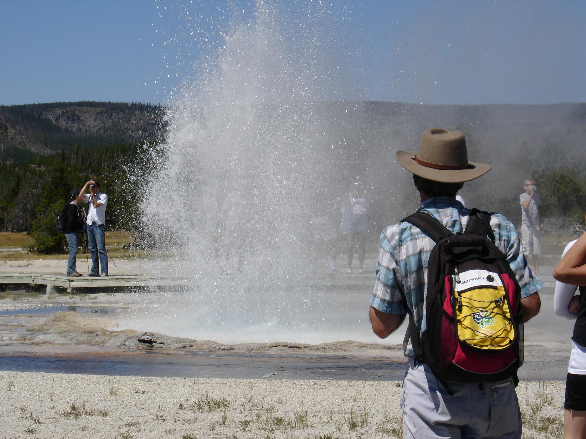 Tourist Scenes Series: Yellowstone ,  Biscuit Geyser Basin ,  postcard set , 2015, 4 x 6 inches