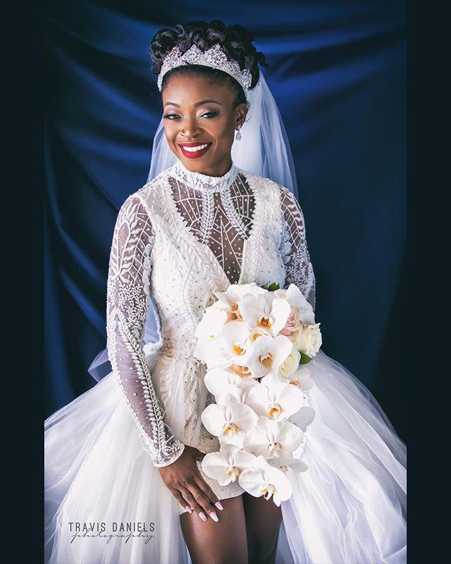 #royalty👑 by @travisdanielsphotography #quality is 🔑 #bride #wedding #weddingdress #weddingplanner #weddingplanning #weddingphotography #weddingphotographer #weddinginspiration #westpalmbeach #travisdanielsphoto #travisdanielsphotography #shesaidyes 🇭🇹