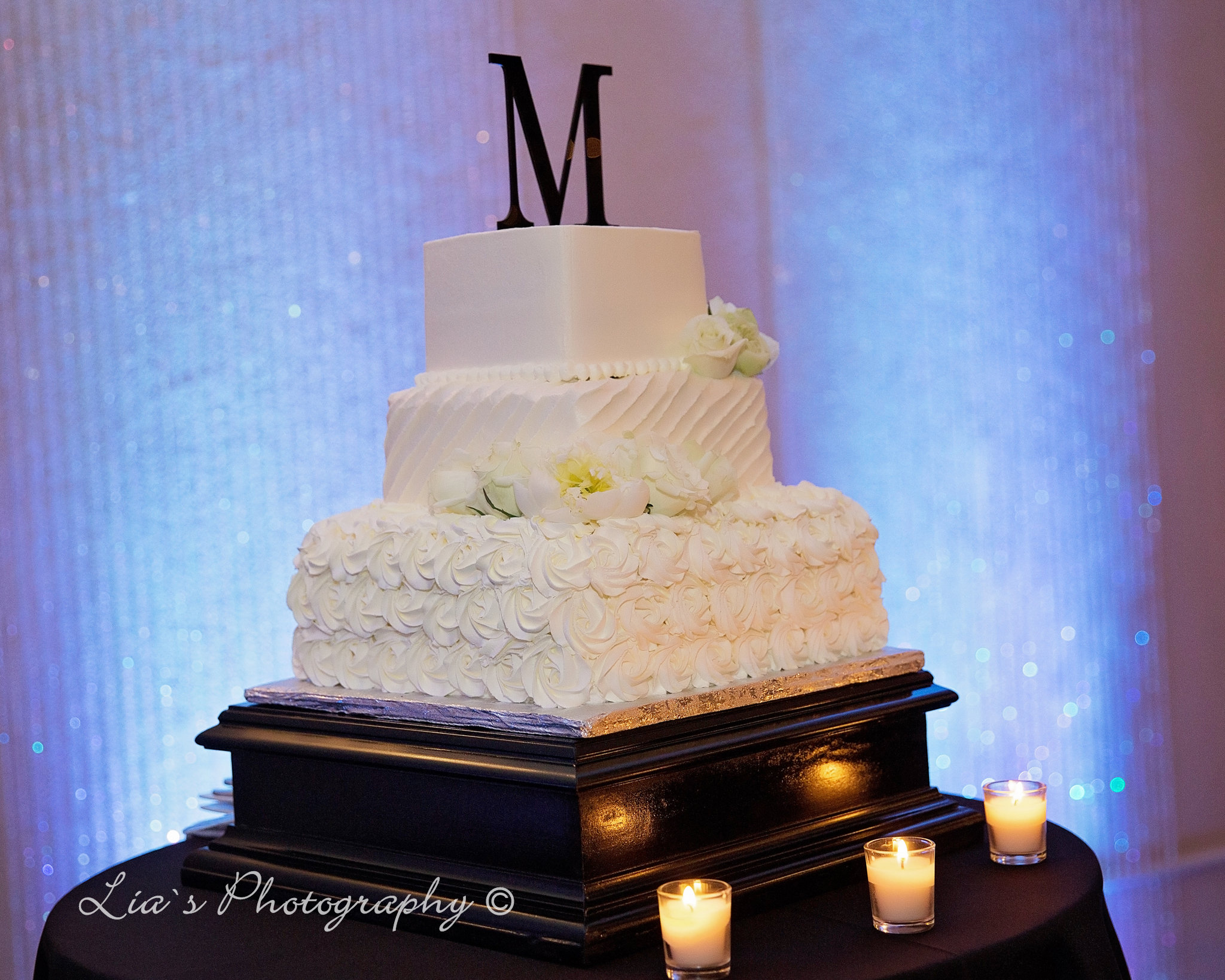 cake and uplighting.jpg