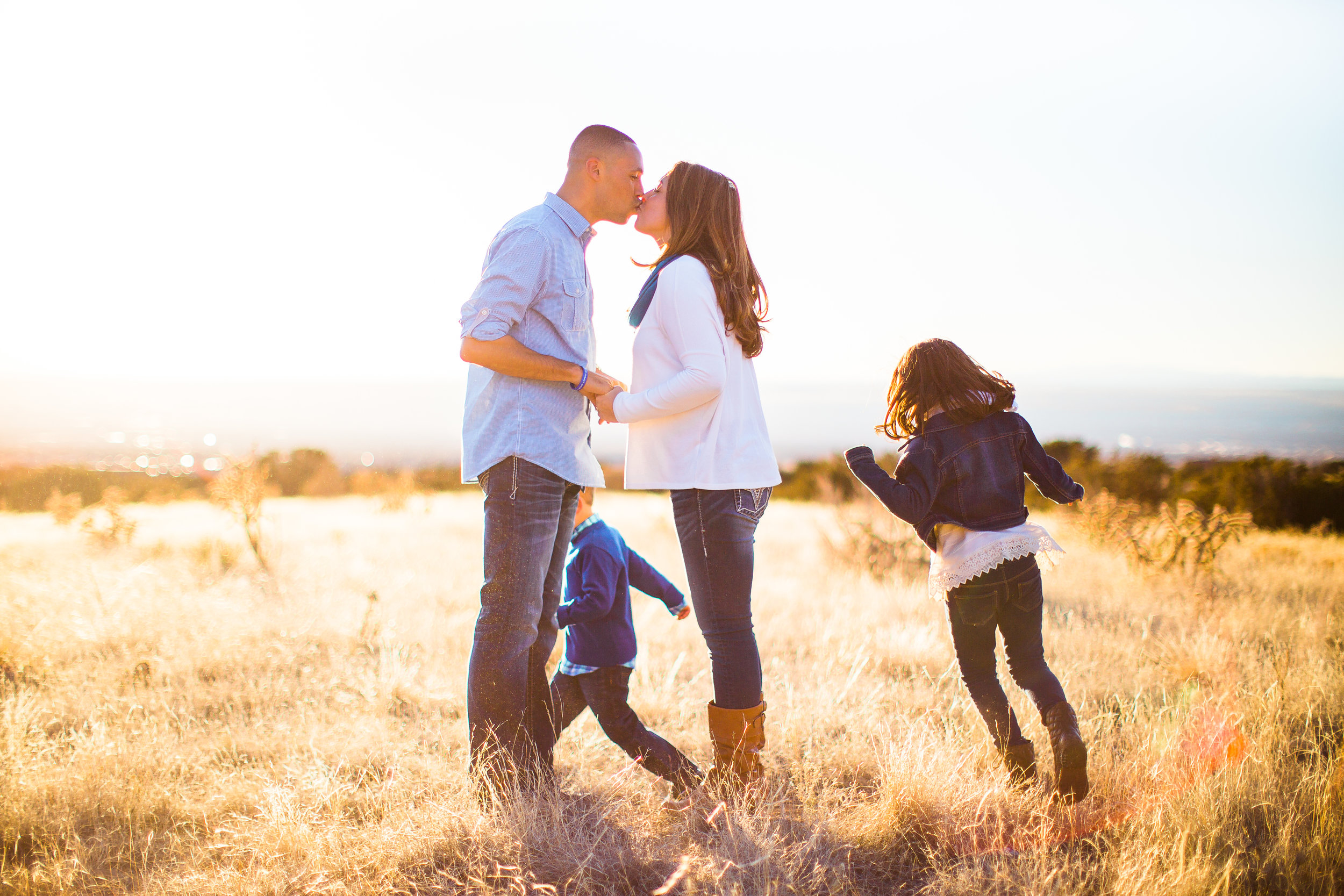 A Sandia Foothill Family Session