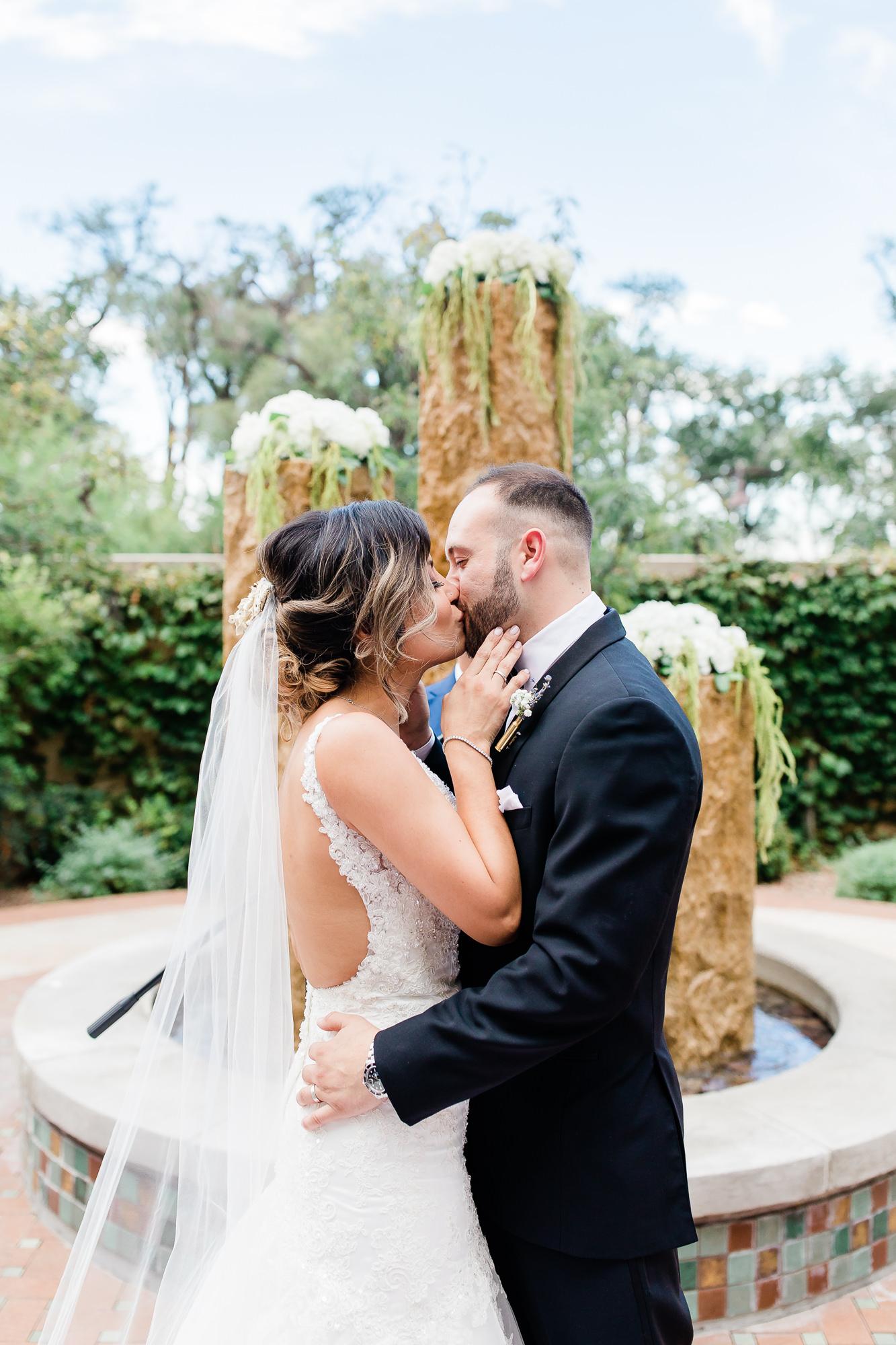 Anthony & Nicole's Wedding_187902.jpg