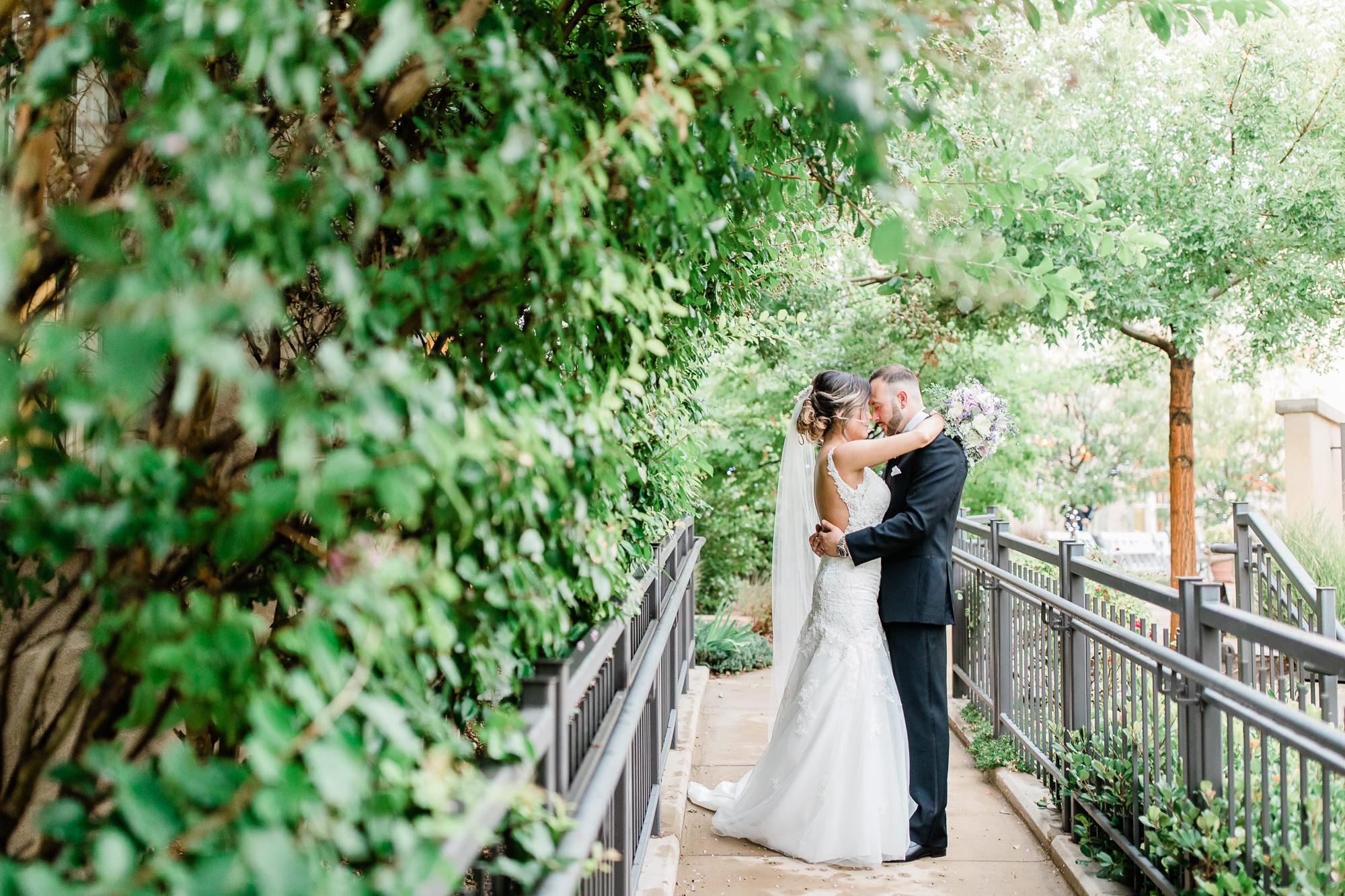 Anthony & Nicole's Wedding_220702.jpg