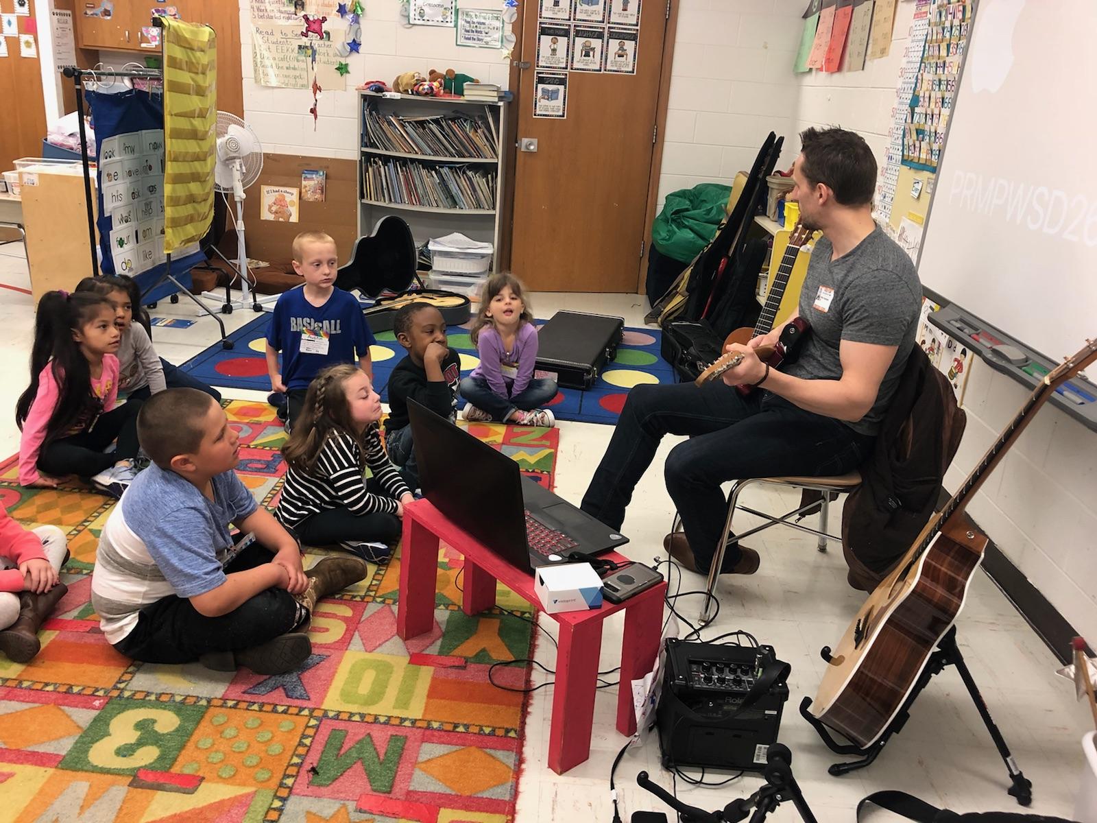 Guitar Lessons Gurnee Guitar Academy School.jpg