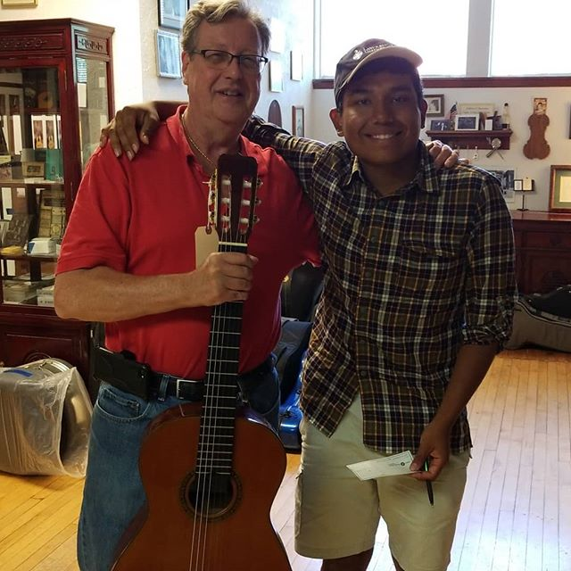 """I'm so proud of my student Willy who just got his first """"Pro-Level"""" classical guitar today before he ships out to Lawrence University.  Willy was kind enough to invite me to this special moment of his at Brune's in Evanston.  I remember the day I was in his shoes. Today is a big deal for him. His future is bright with many possibilities.  Congrats Willy."""