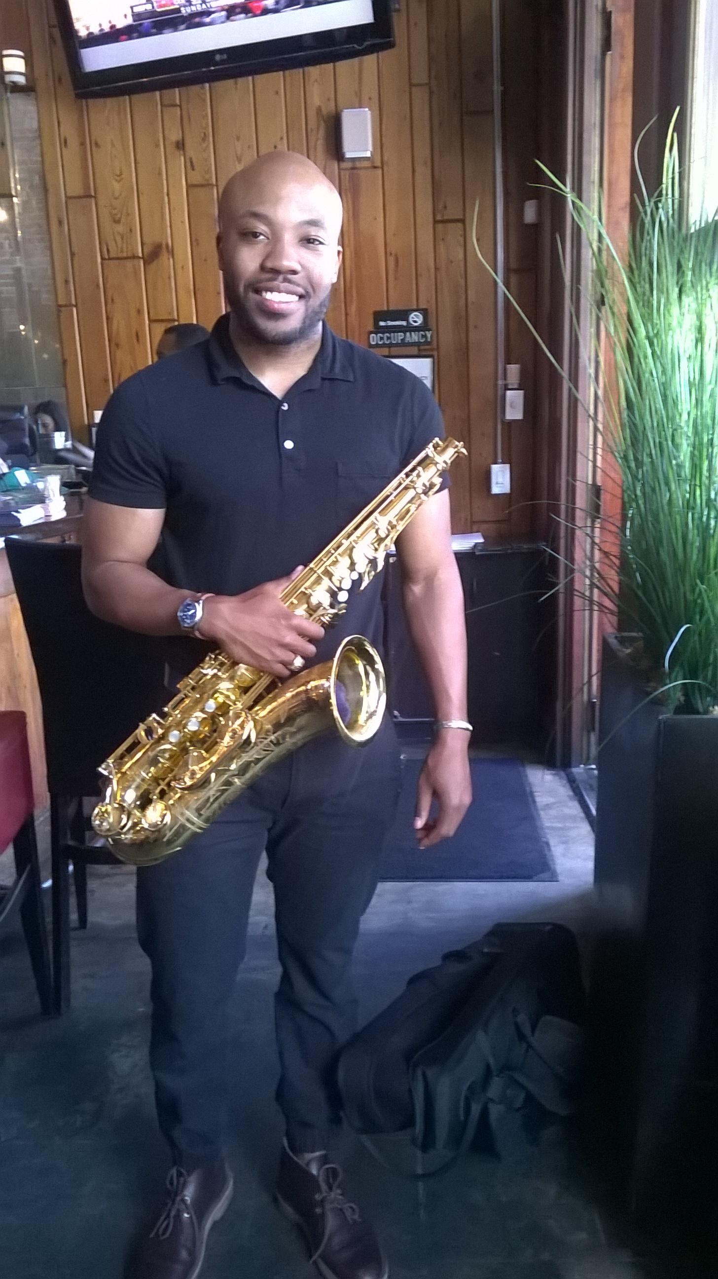 Eddie Matthews - Sax extraordaire!