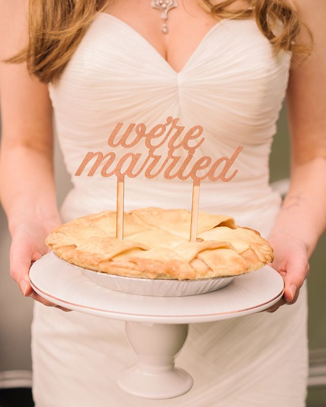 ‼️ Giveaway alert ‼️ This wedding pie photo is making me nostalgic for the @terrain_events salted honey pies we had at our reception, so I'm giving away a free cake topper (any topper listed in our shop) for your wedding pie, wedding cake, bridal shower cake, party cake, birthday cake, unbirthday cake, Tuesday cake, Wednesday pie, etc 🤣💕. All you have to do is: 1) make sure you're following me 2) let me know your favorite flavor of pie or cake 3) and tag some friends in the comments. One line per tag. Each tag counts as a separate entry.  Giveaway ends Wednesday 8/1 at midnight. Winner will be announced on Thursday ✨ Good luck!  Planning + Design: @sarareadesign | Photography: @allmylovephotography | Venue: @willischoycefarm | Florals: @ramfloral | Hair + Make up: @michelewilderman