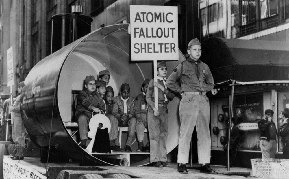 ATOMIC_CAFE_1_slideshow.jpg