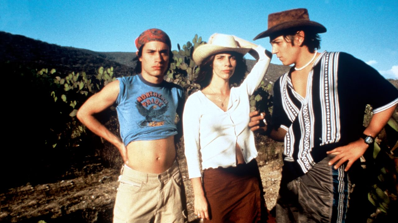 Y TU MAMA TAMBIEN (2002 / DCP) - Mon Jan 21st 2:30pm, 5:30pm, 8pm / The Frida Cinema, Santa Ana CAFrom the Director of ROMA, Alfonso Curan's 2002 favorite is a tale of rich teens Tenoch and Julio who meet an alluring, older woman, convincing her to join their road trip. A taught and dynamic coming of age story made all the more immediate by Curan's Directorial style.More info HERE