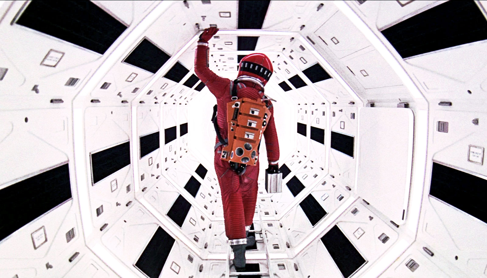 2001: A SPACE ODYSSEY (1968) / MANHUNTER (1986 / 35mm Print) / SUSPIRIA (1977 / 4K DCP) / TWIN PEAKS: FIRE WALK WITH ME (1992 / DCP) - Fri Jan 25th & Sat Jan 26th / IFC Center, New York CityFrom Kubrick's interstellar trip to Micheal Mann's 1986 precursor to Silence of The Lambs, it's a fine collection to stay up late for. Please note: All movies are single sessions and commence at 11:59pm (2001 at 11:50pm)More info HERE