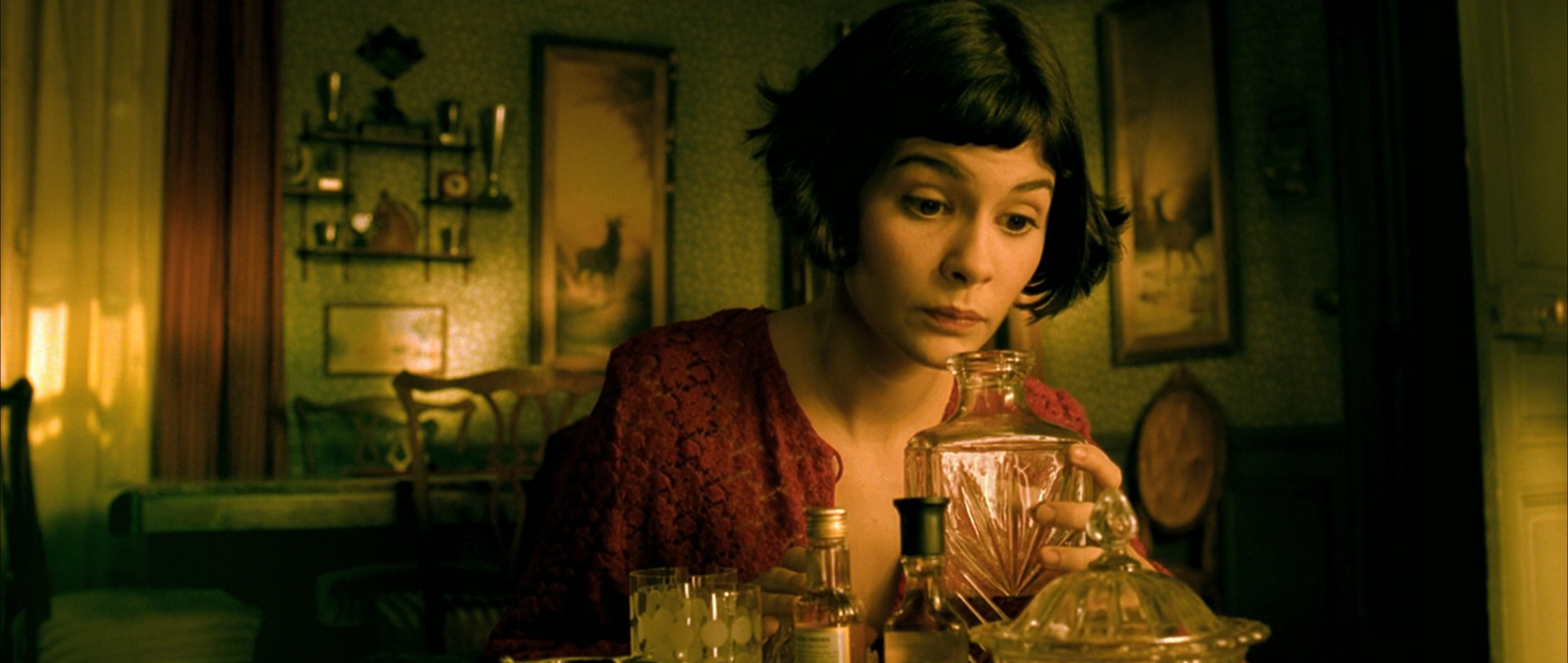 AMELIE (2001 / 35mm Print) - Sat Feb 16th 3pm / Prince Charles Cinema, London UKBursting with imagination and having seen her share of tragedy and fantasy, Amelie is not like the other girls. When she grows up she becomes a waitress in a Montmartre bar run by a former dancer. Amelie enjoys simple pleasures until she discovers that her goal in life is to help others. To that end, she invents all sorts of tricks that allow her to intervene incognito into other people's lives, including an imbibing concierge and her hypochondriac neighbor. But Amelie's most difficult case turns out to be Nino Quicampoix, a lonely sex shop employee who collects photos abandoned at coin-operated photo booths.More info HERE