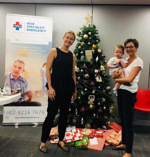 Delivering gifts to WISE Specialist Emergency Clinic at Macquarie Park.