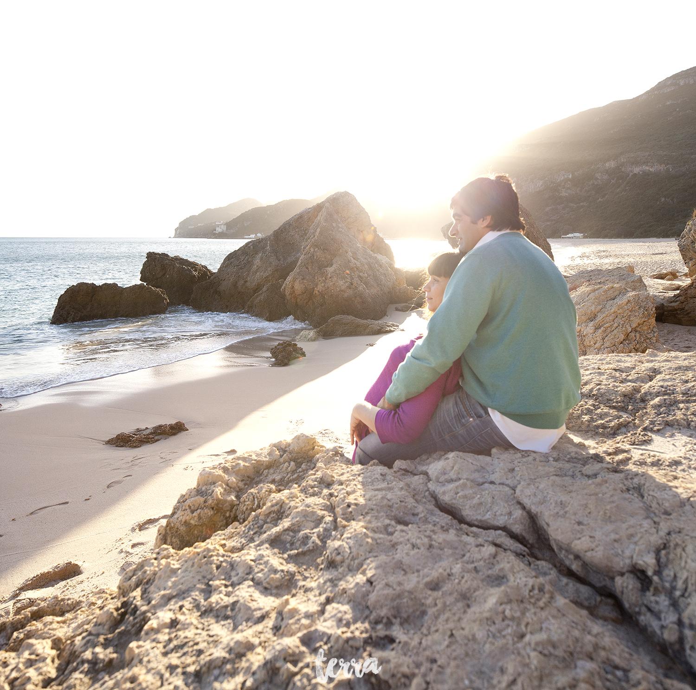 sessao-fotografica-gravidez-praia-portinho-arrabida-terra-fotografia-0012.jpg