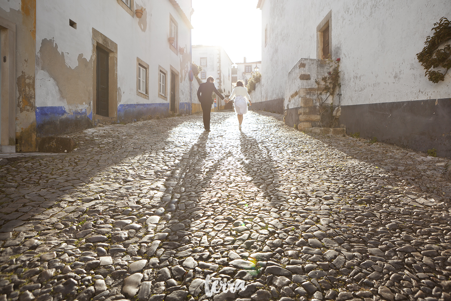 sessao-fotografica-trash-the-dress-viva-hotel-obidos-terra-fotografia-0038.jpg
