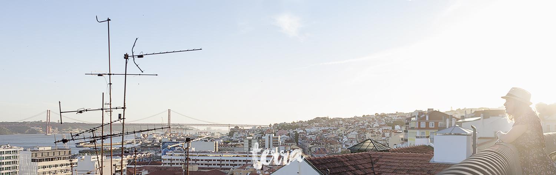 sessao-fotografica-solo-traveler-flytographer-lisboa-terra-fotografia-13.jpg