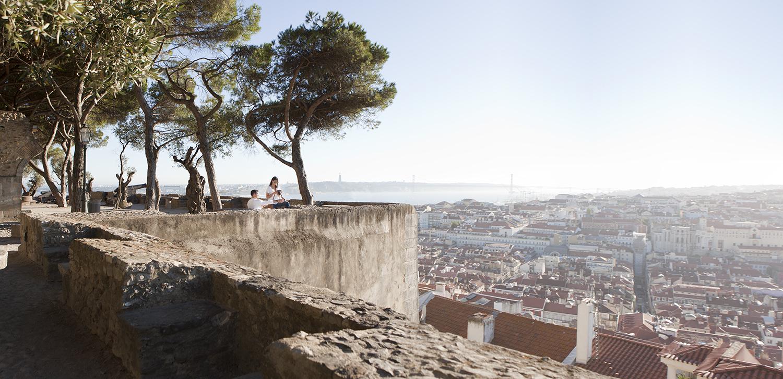 sessao-fotografica-pedido-casamento-flytographer-castelo-sao-jorge-lisboa-terra-fotografia-001.jpg