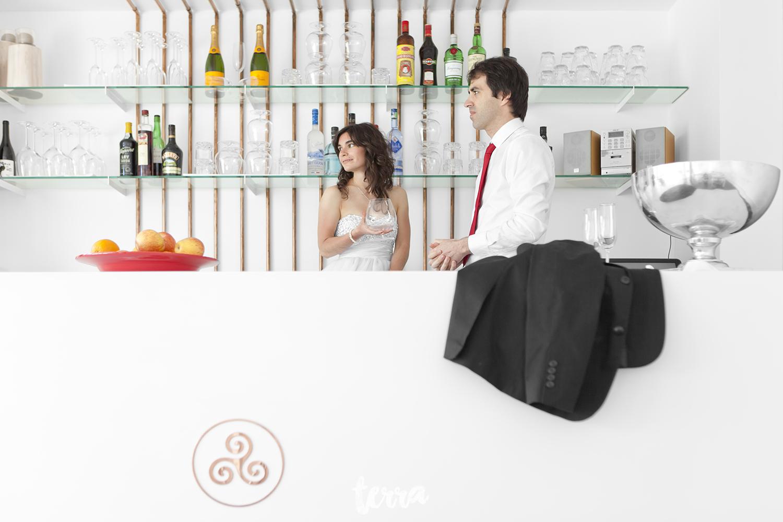 sessao-fotografica-trash-the-dress-viva-hotel-obidos-terra-fotografia-0023.jpg