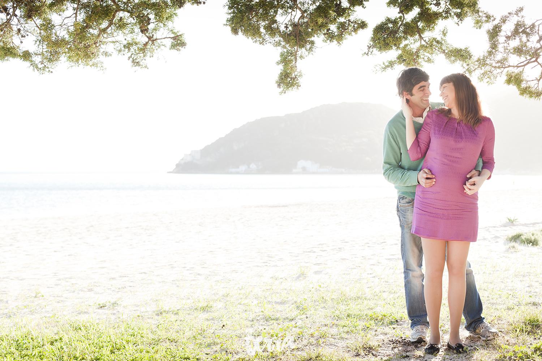 sessao-fotografica-gravidez-praia-portinho-arrabida-terra-fotografia-0004.jpg
