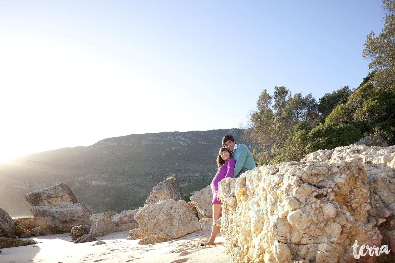 sessao-fotografica-gravidez-praia-portinho-arrabida-terra-fotografia-0011.jpg